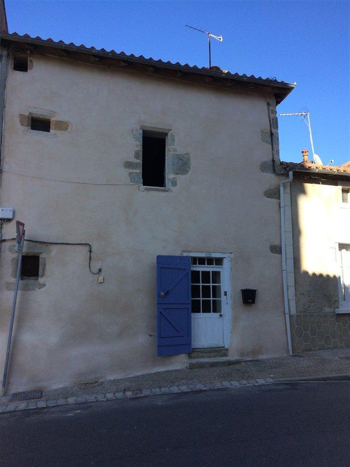A vendre Maison rénovée - 18ème siècle - Le Vigeant - Vienne