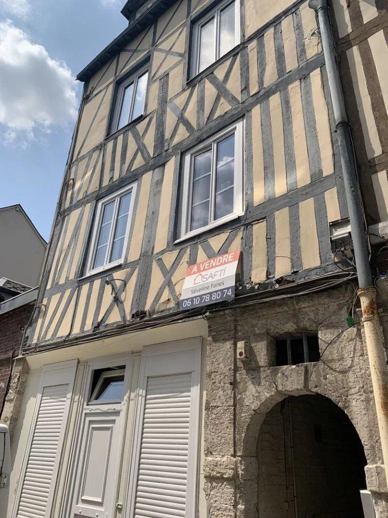 Studio 15 m2 Rouen droite vendu loué