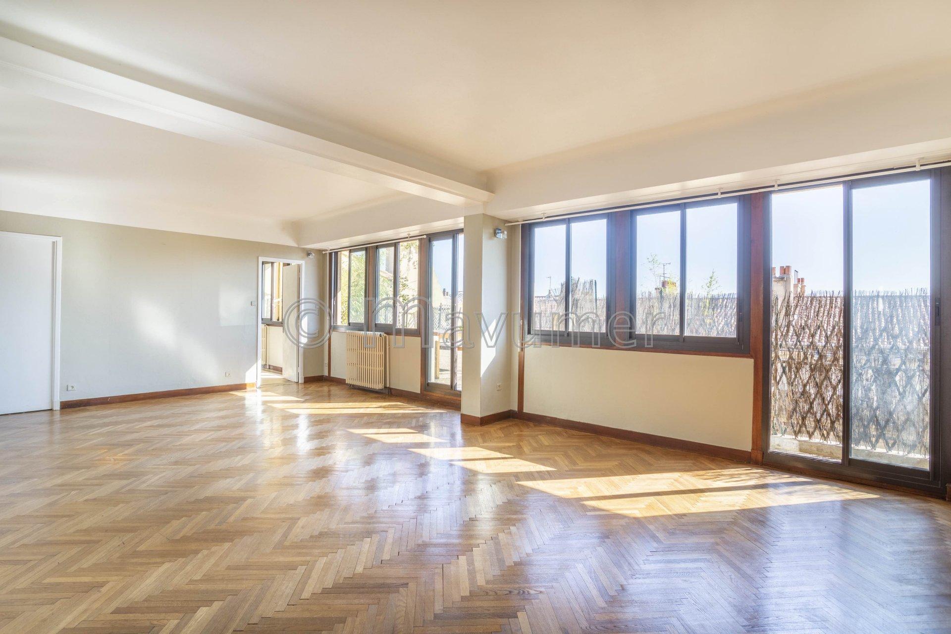Appartement T6 avec terrasse 80m² - 13006-Paradis/Vauban