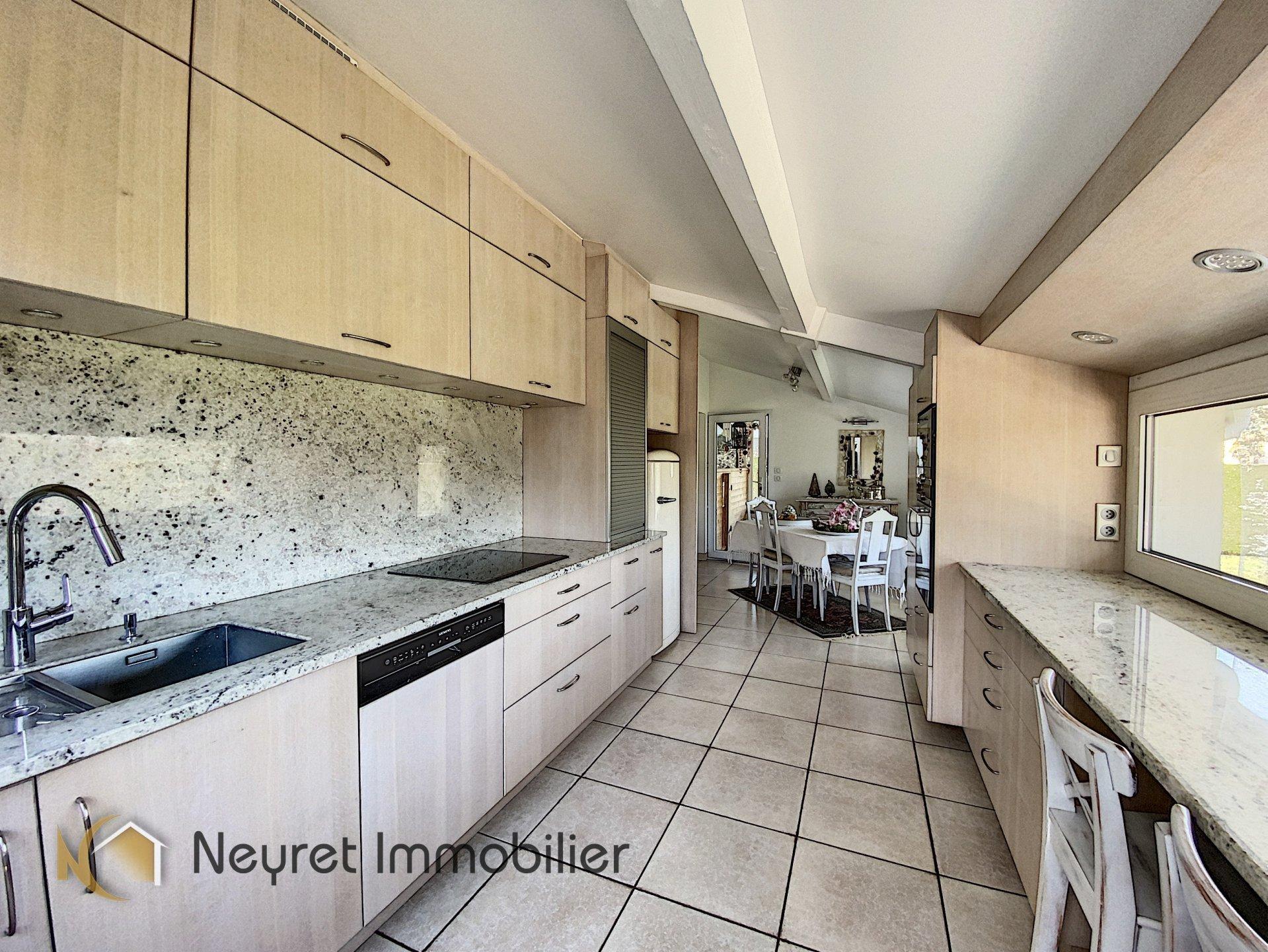 villa atypique 155 m² sur les hauteurs