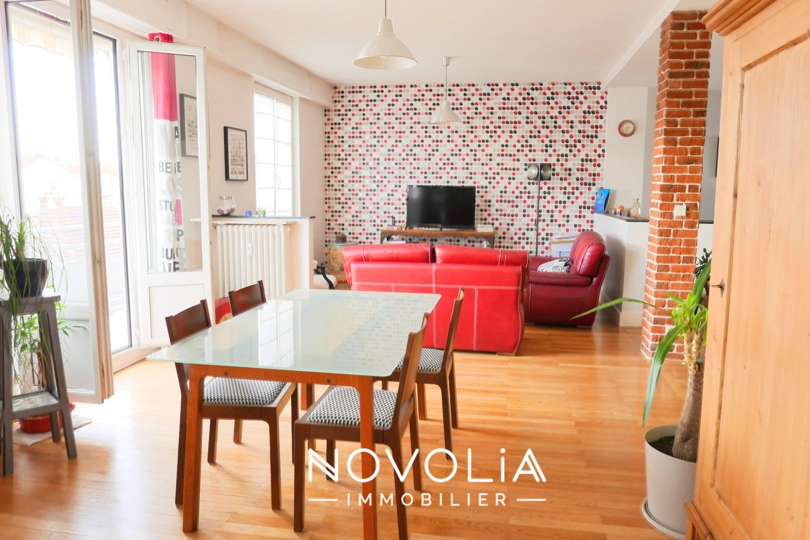 Achat Appartement, Surface de 102.1 m²/ Total carrez : 102 m², 4 pièces, Lyon 7ème (69007)