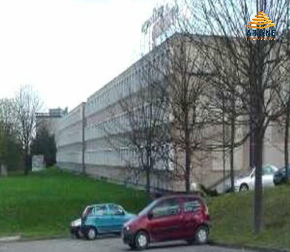 A louer bureaux de 491 m2 ECULLY