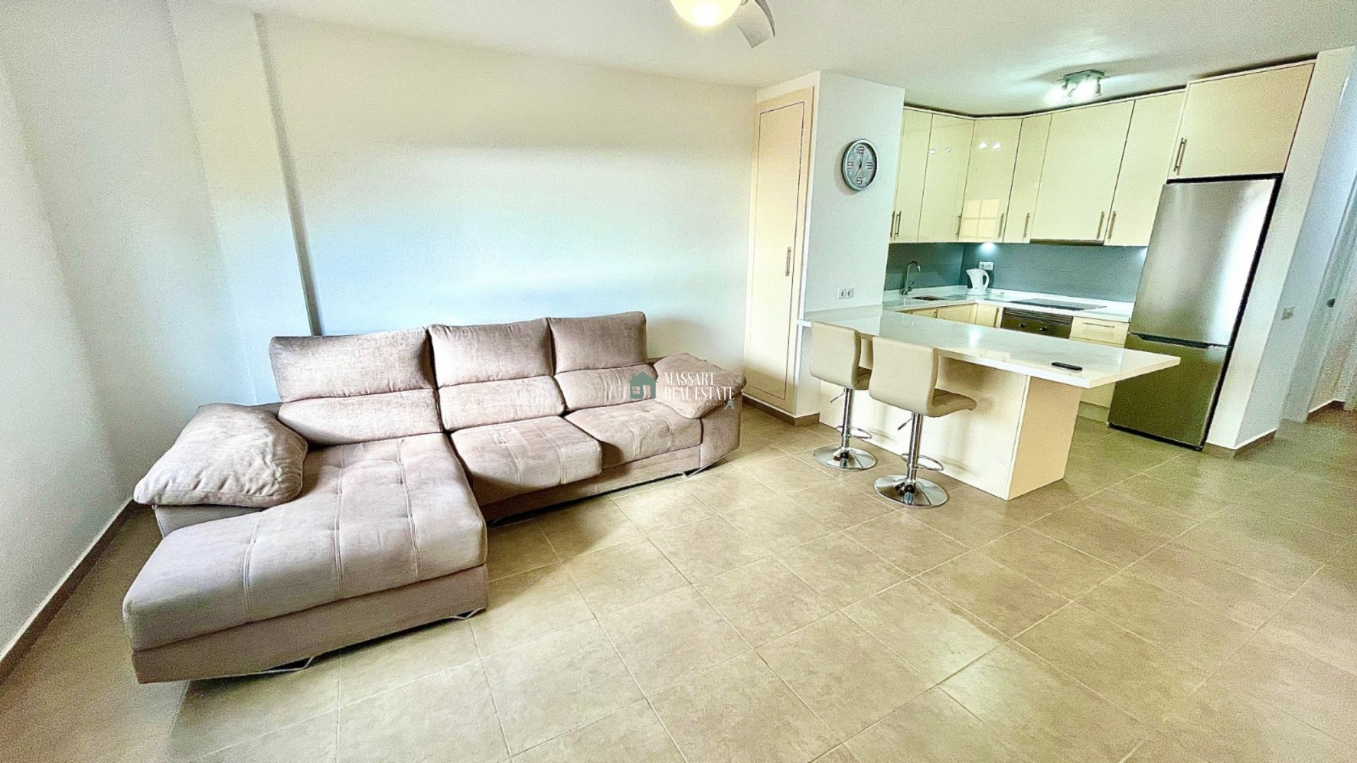 Apartamento renovado y en muy buen estado de conservación ubicado en el popular residencial Balcón del Atlántico, Torviscas.
