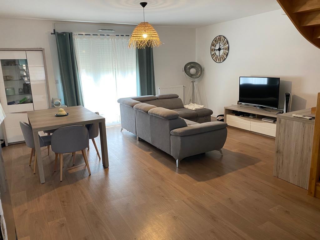 Sale House - Bruyères-le-Châtel