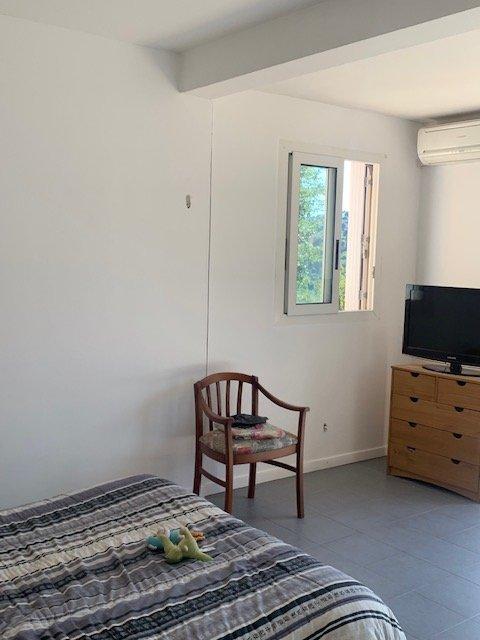 Propriété Quartier Riviéra Menton- Jolie maison T4 avec studio indépendant-Au calme-Expo S/O- Terrain 1500m²- sans vis-à-vis