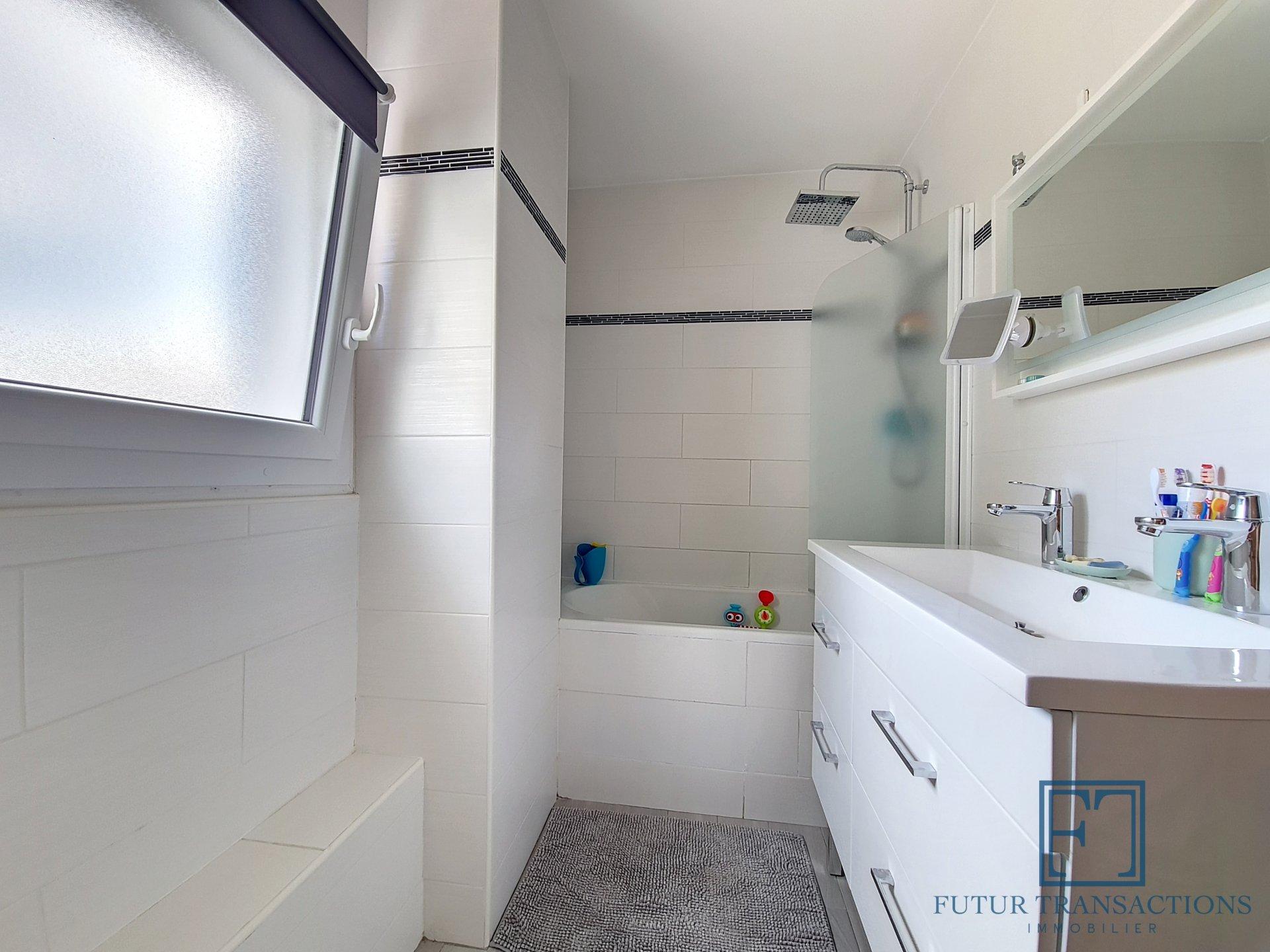 Charmante maison d'environ 90m² 5 pièces/3 chambres