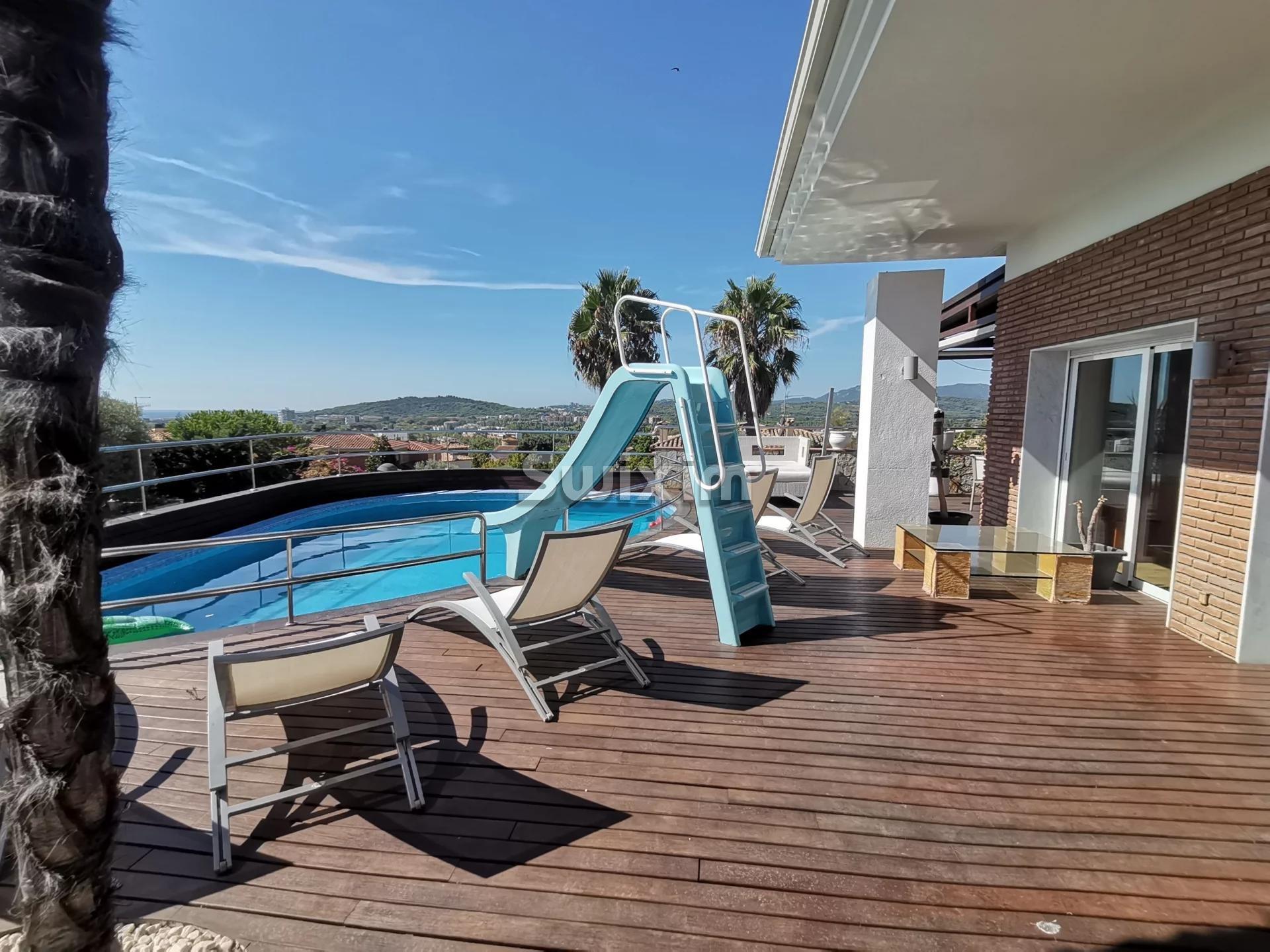 Grande opportunité ! Belle maison avec terrasse et piscine