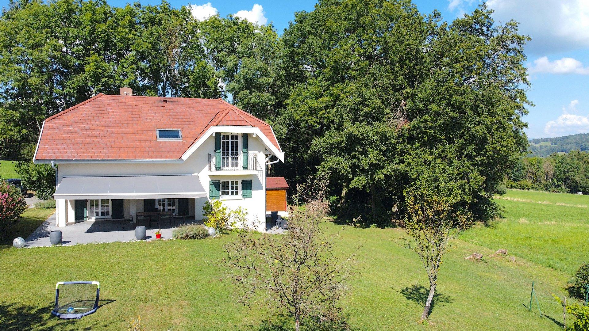 CUVAT  villa à vendre  En exclusivité