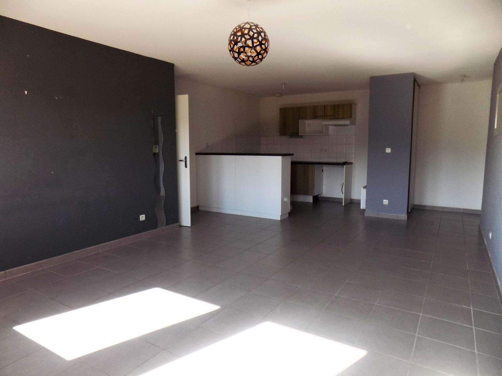 Appartement T3 - 67m² - 31780 CASTELGINEST