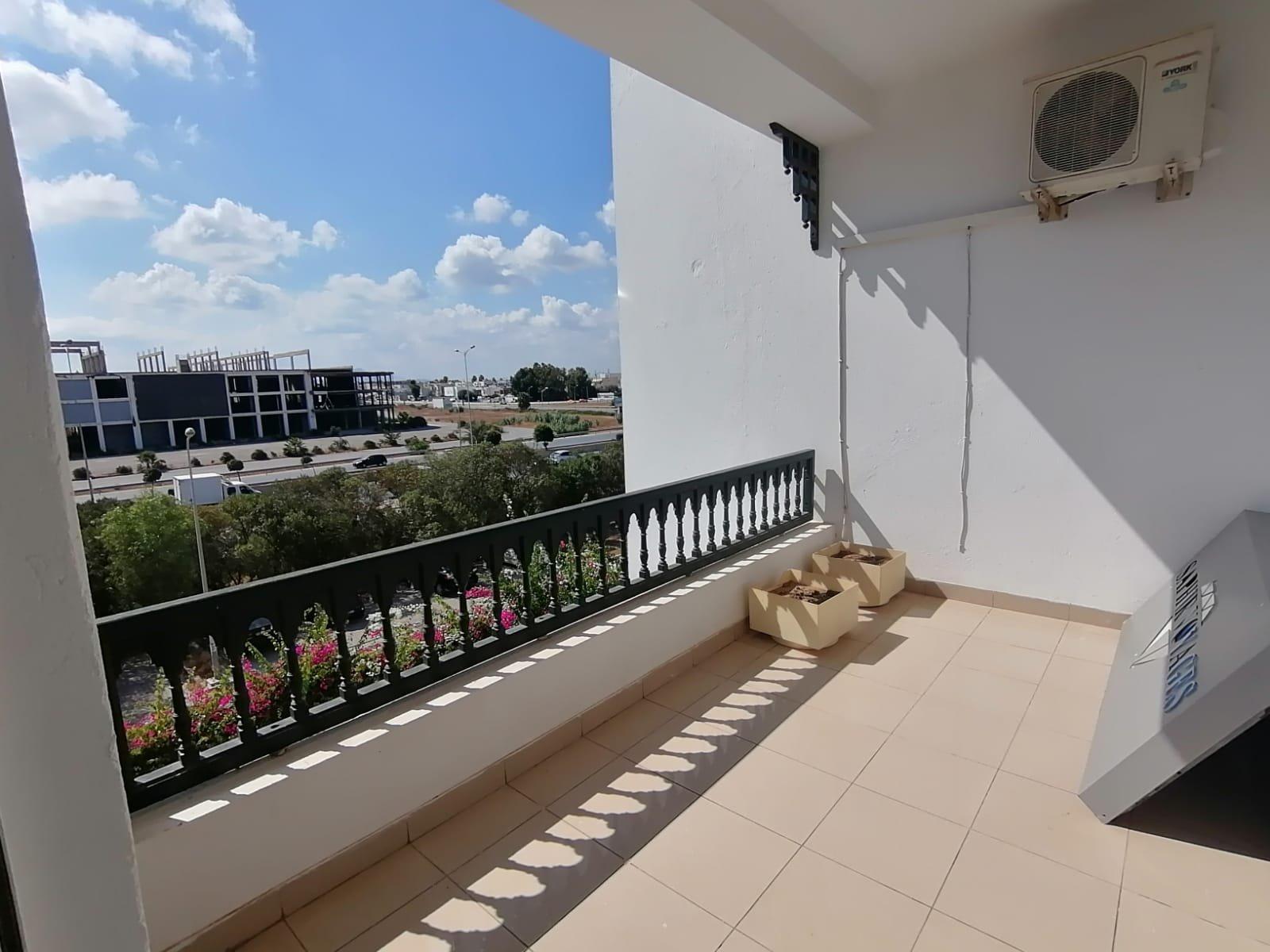 Location d'un appartement s+3 à La Marsa
