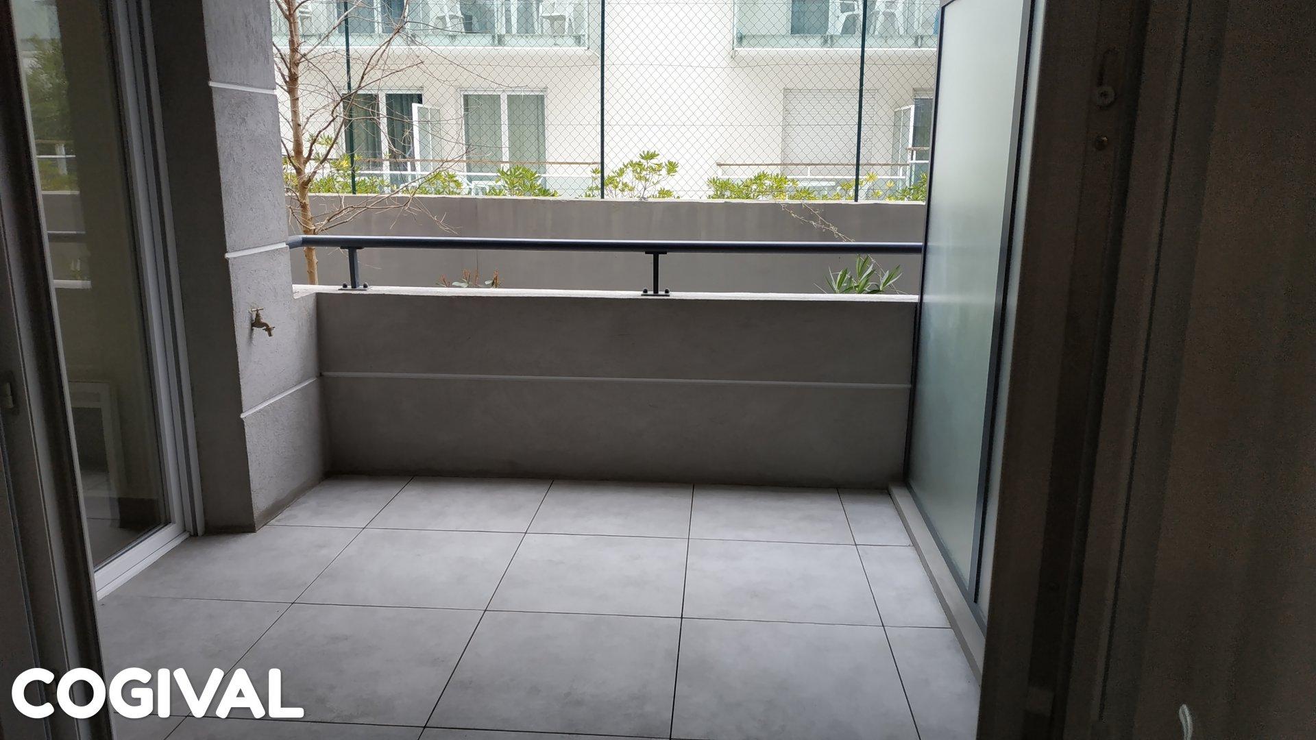 Spacieux F3 dans résidence neuve avec terrasse jardinet et garage