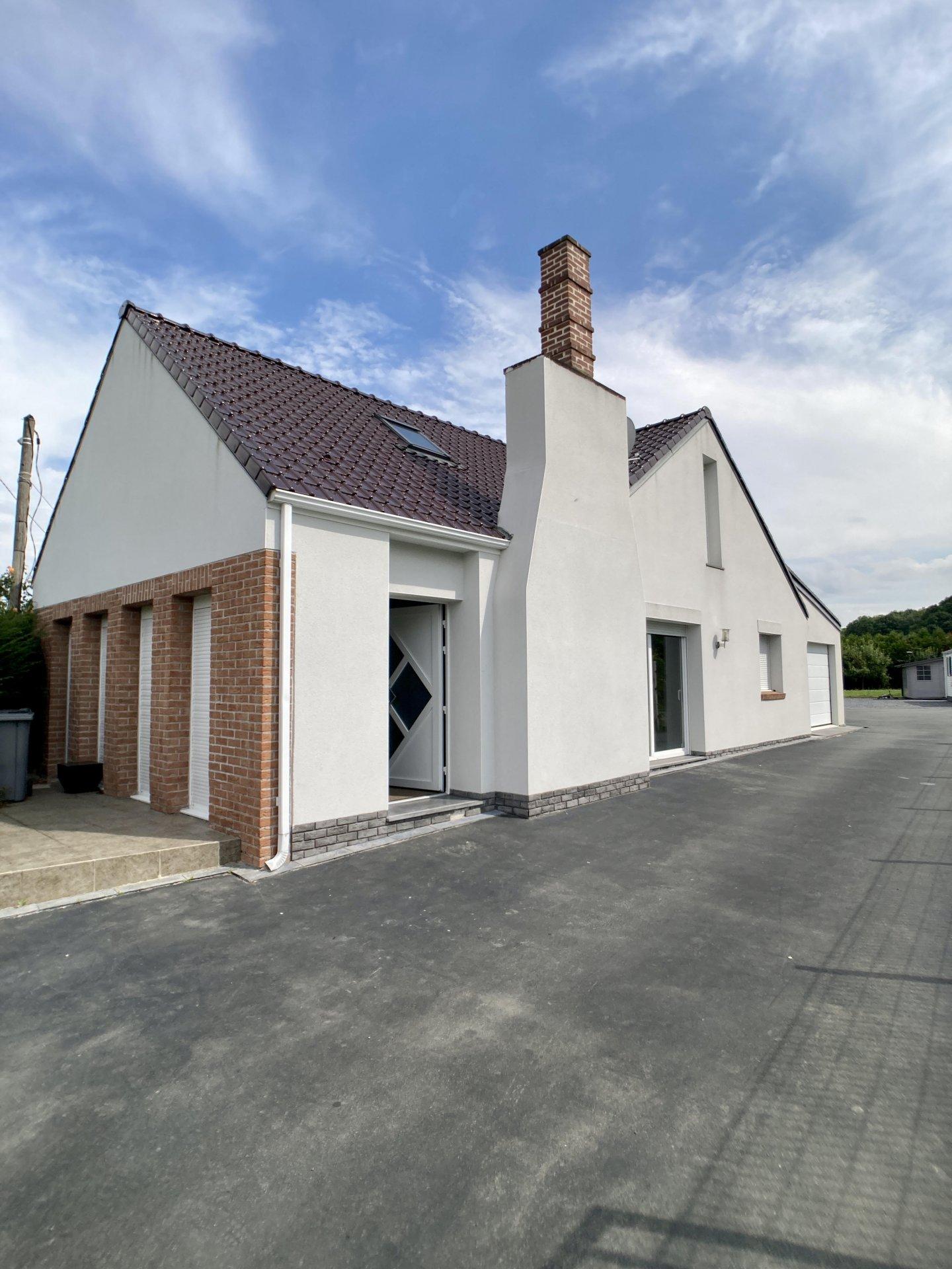 Sale House - Petite-Forêt