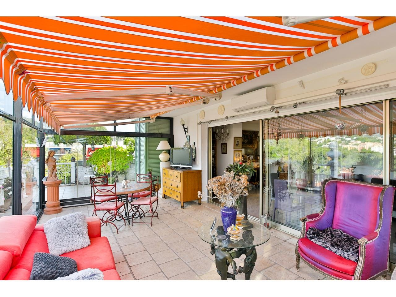 Appartement  2 Rooms 84m2  for sale   830000 €