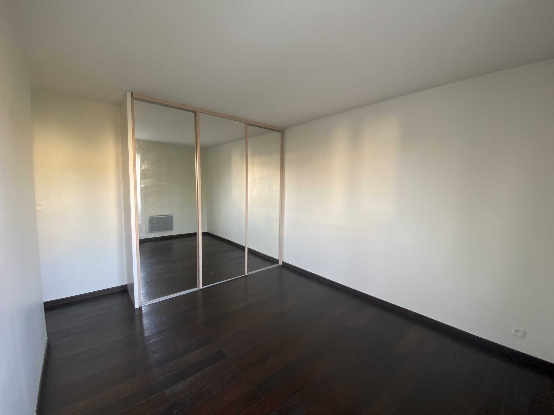 78m² Grand 3P Balcon Box Parking
