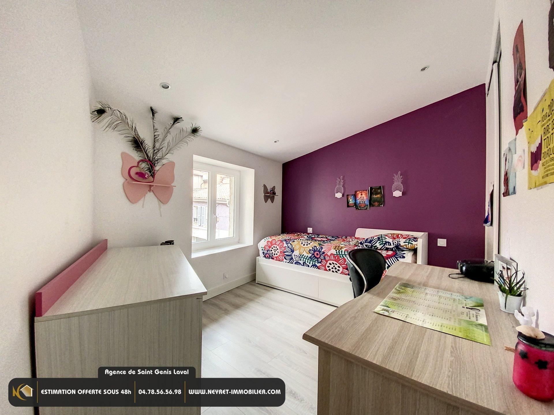 Maison de village -  3 Chambres - calme - plein centre - parfait état