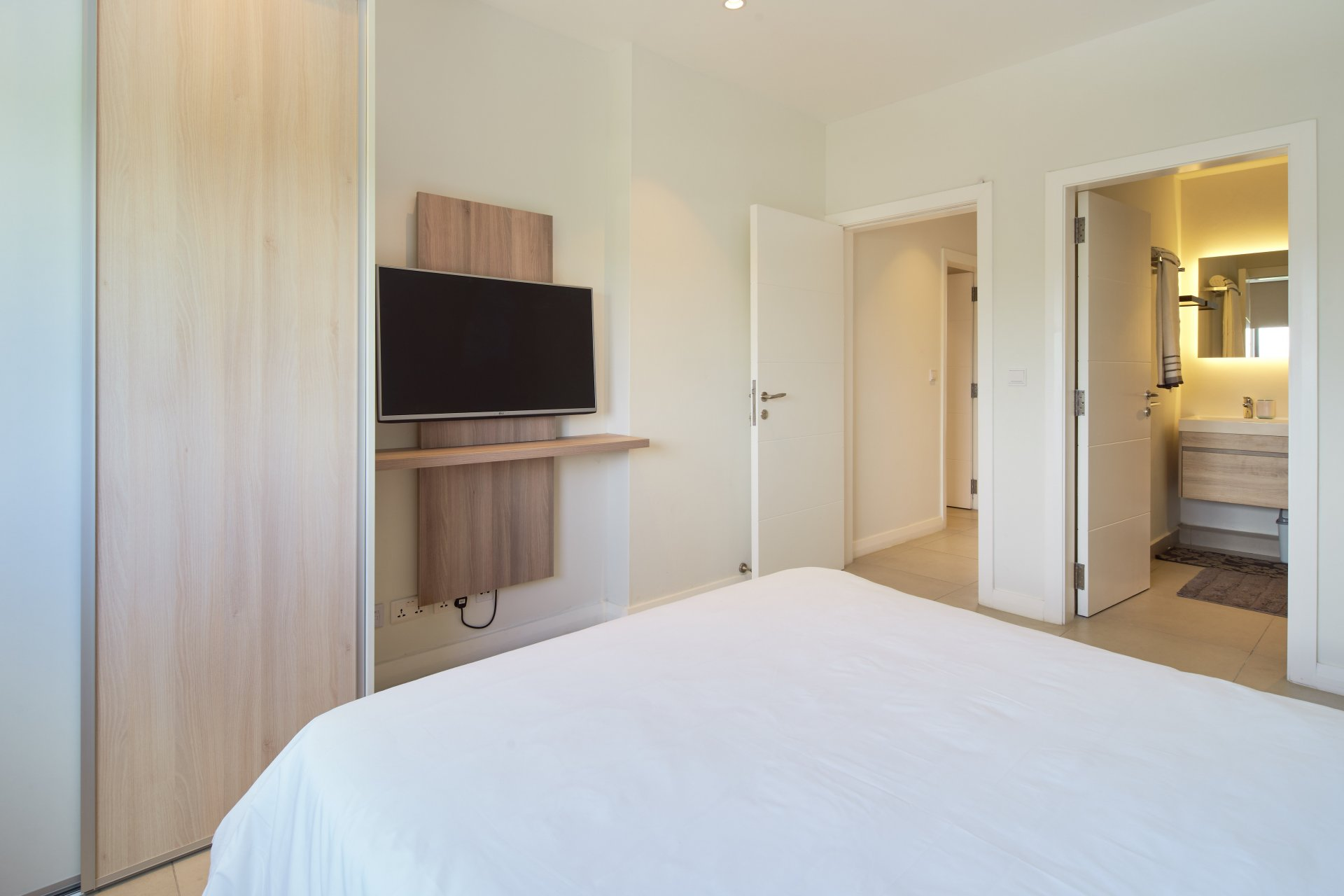 LOCATION APPARTEMENT 3 CHAMBRES PAMPLEMOUSSES