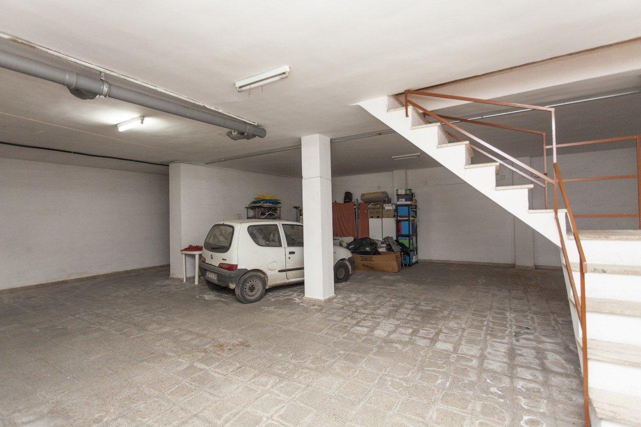 Villetta con giardino e garage