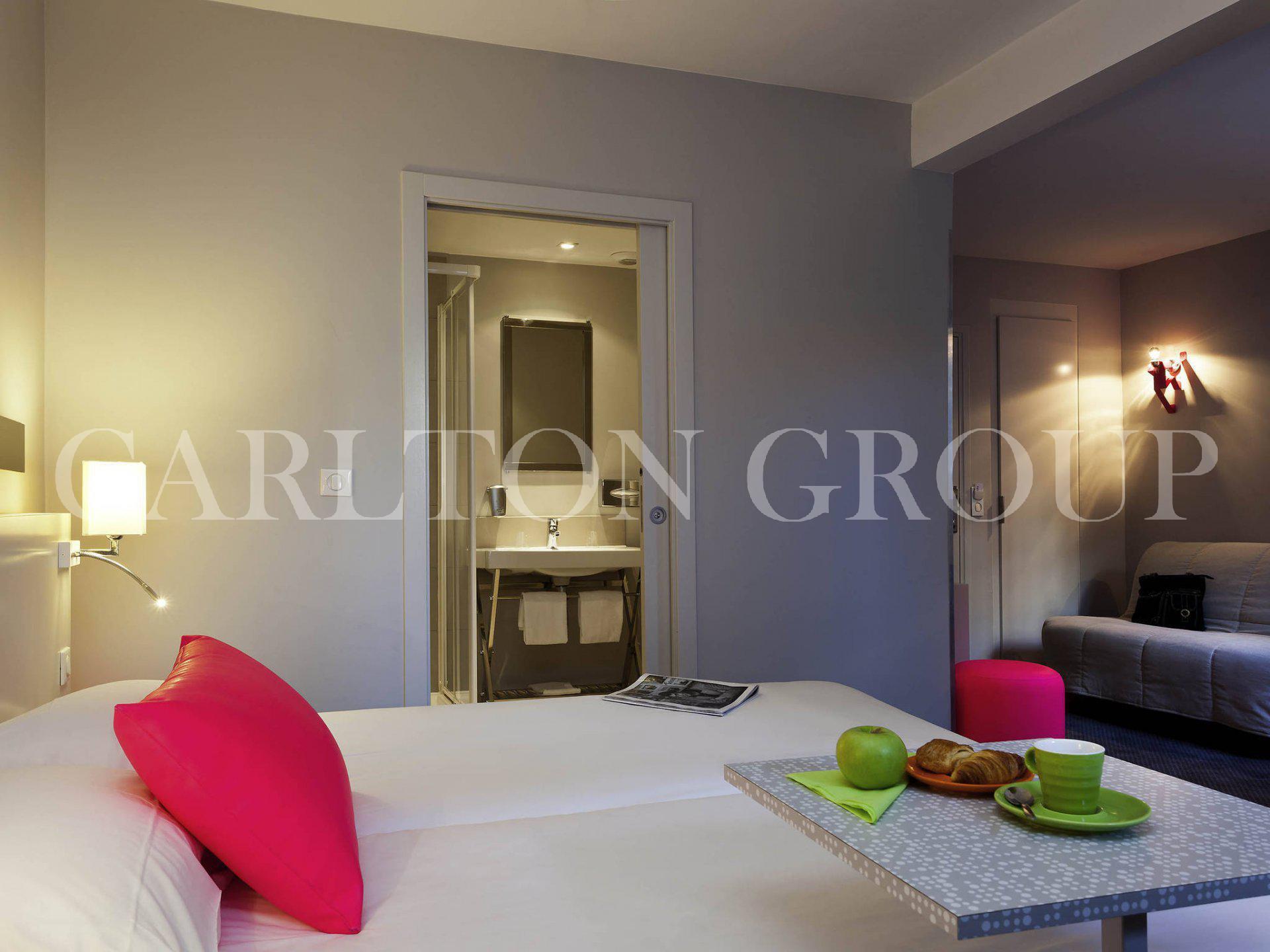 Sale Hotel - Juan-les-Pins Antibes-les-Pins
