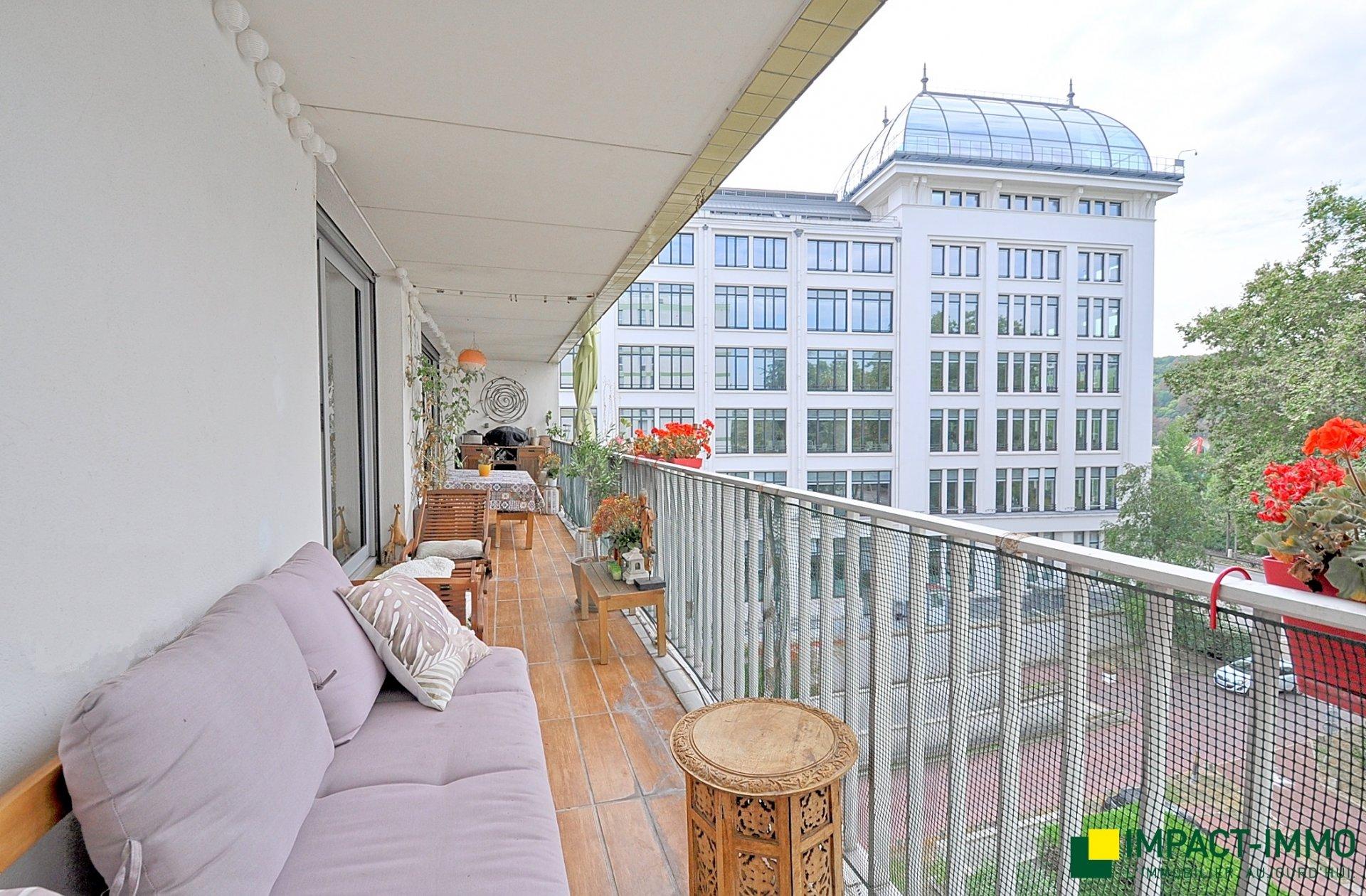 Dernier étage - 4p - terrasse - ascenseur - parking