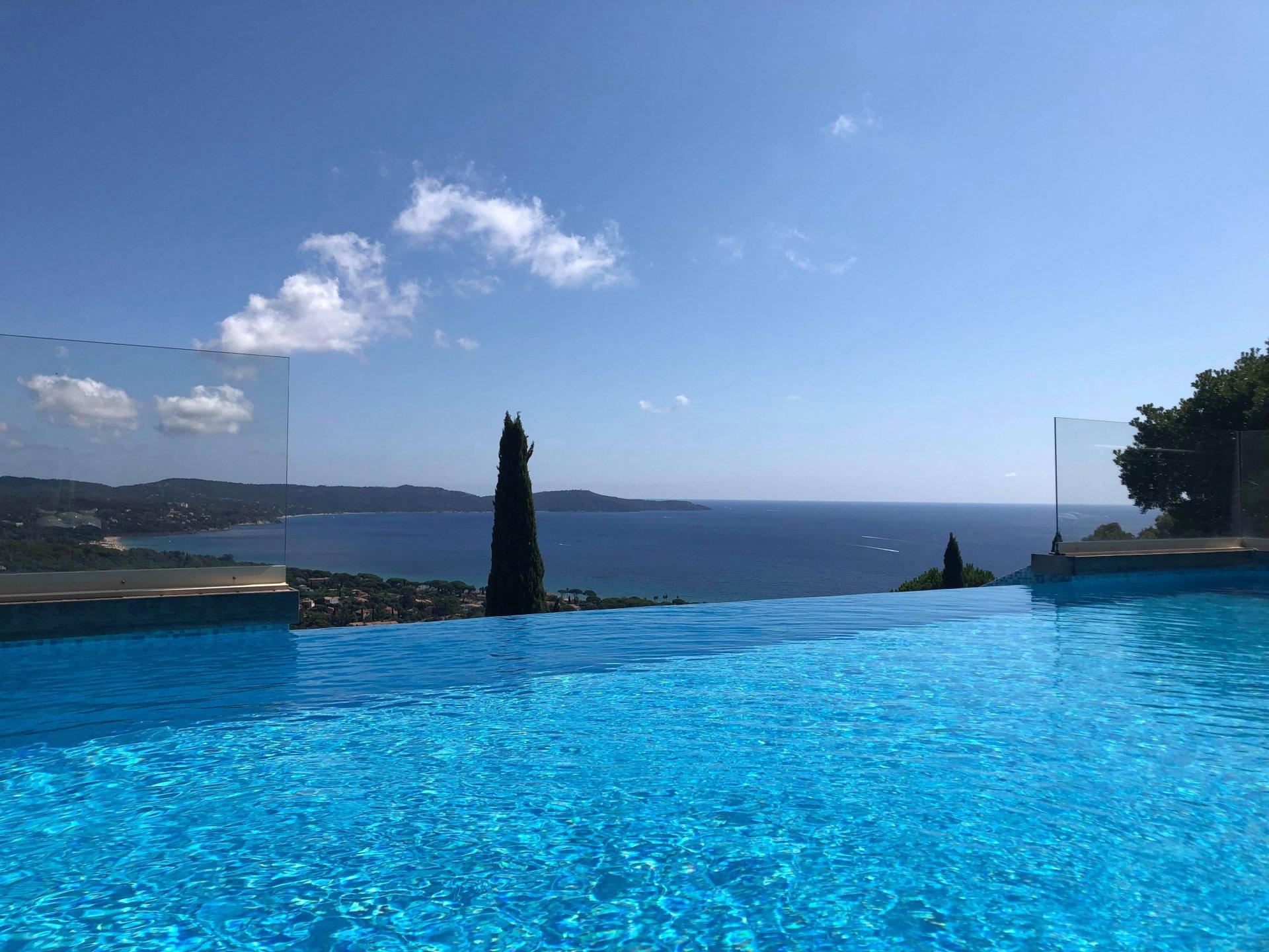 Magnifique villa avec vue sur Mer !!
