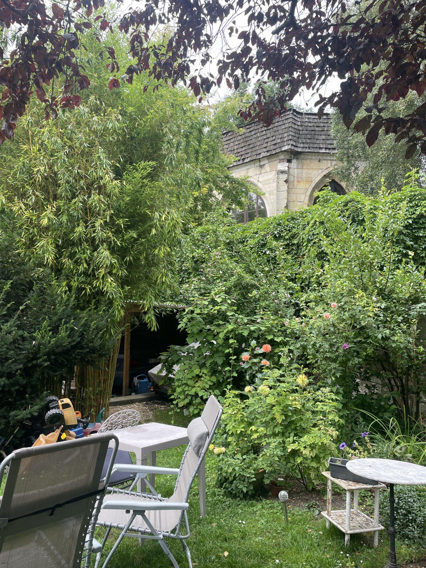 Ancien couvent intra muros de Rouen droite