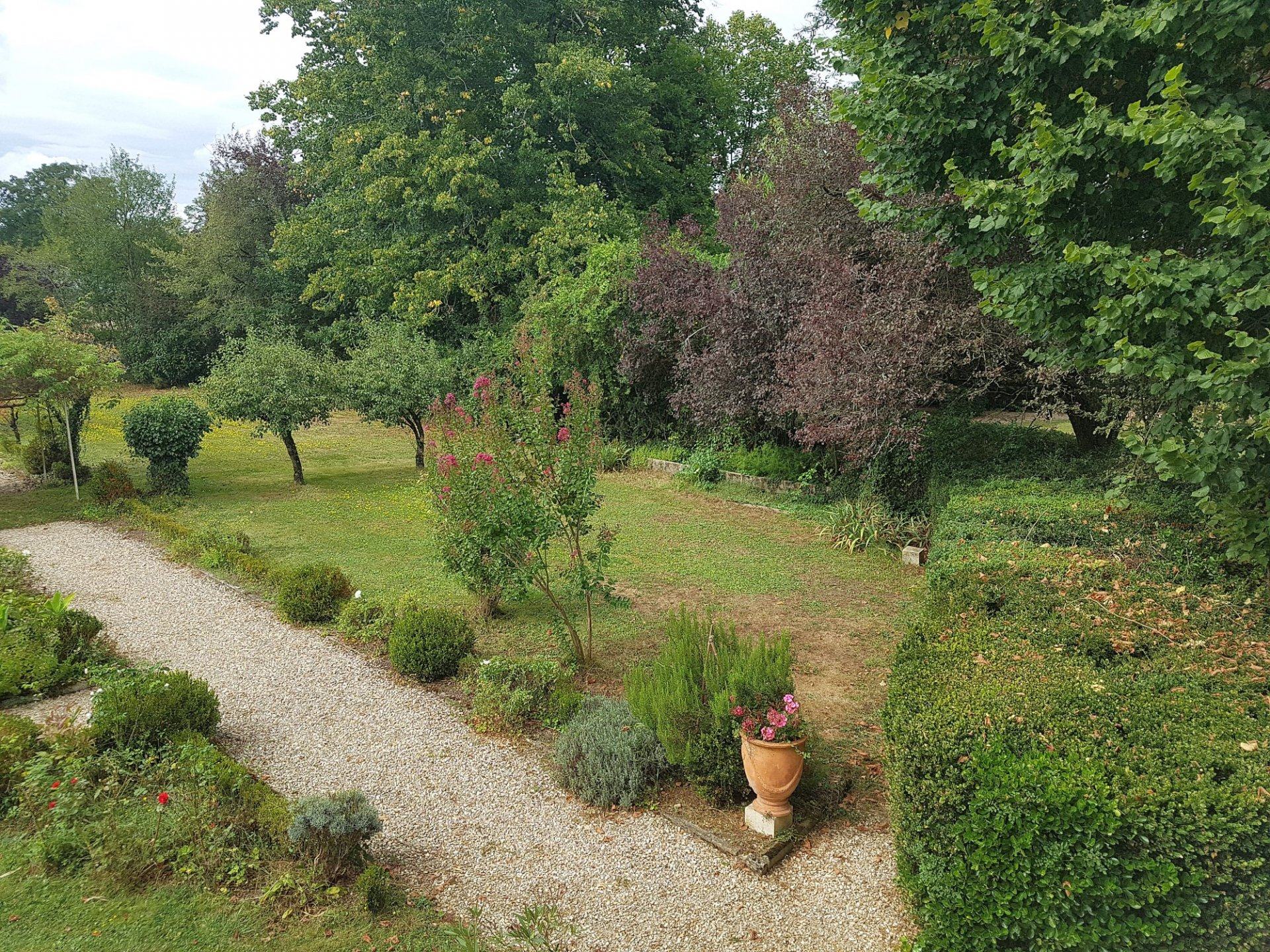 Haus mit Pool und Park zu verkaufen, Region Montmorillon 86