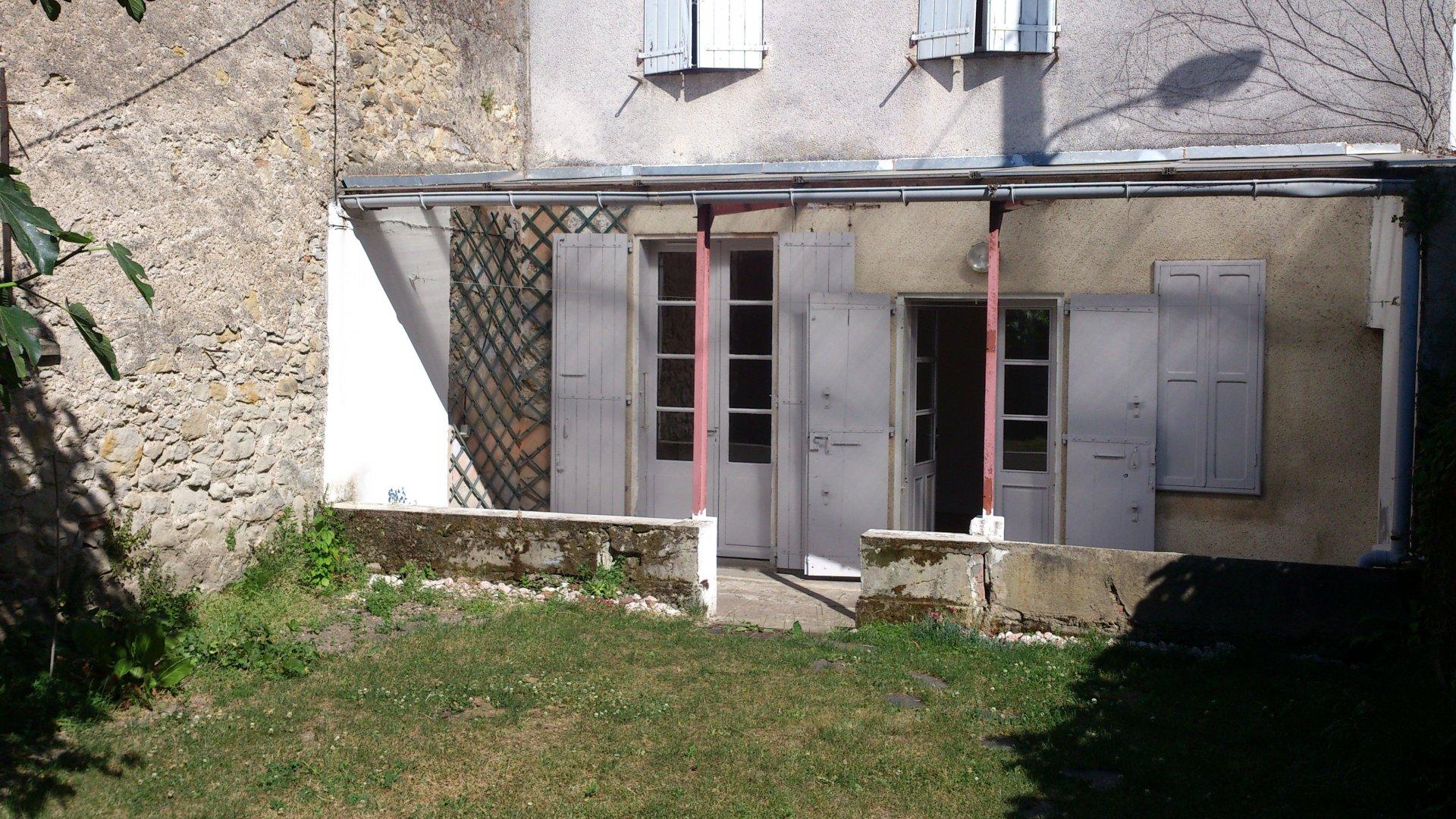 Sale Building - Castres