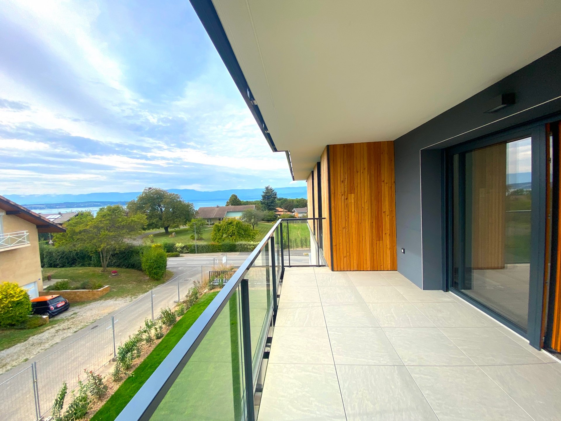 Appartement T3 neuf - vue Lac