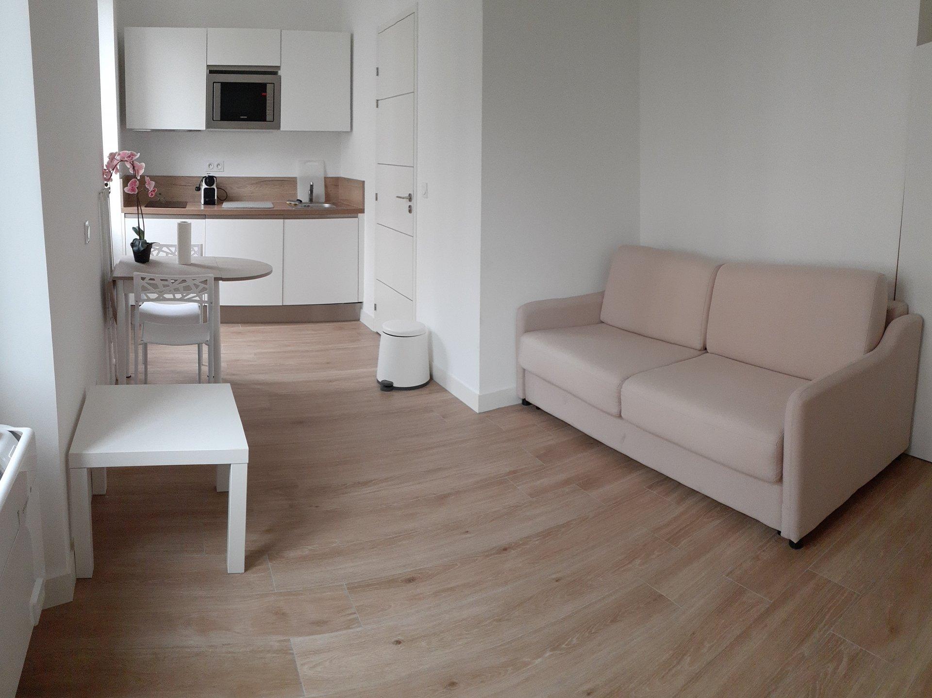 Beau studio de 20m2 entièrement rénové et meublé