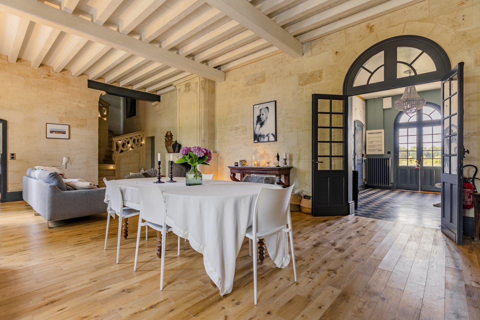 Château 17 pièces 572m² proche Saint Emilion