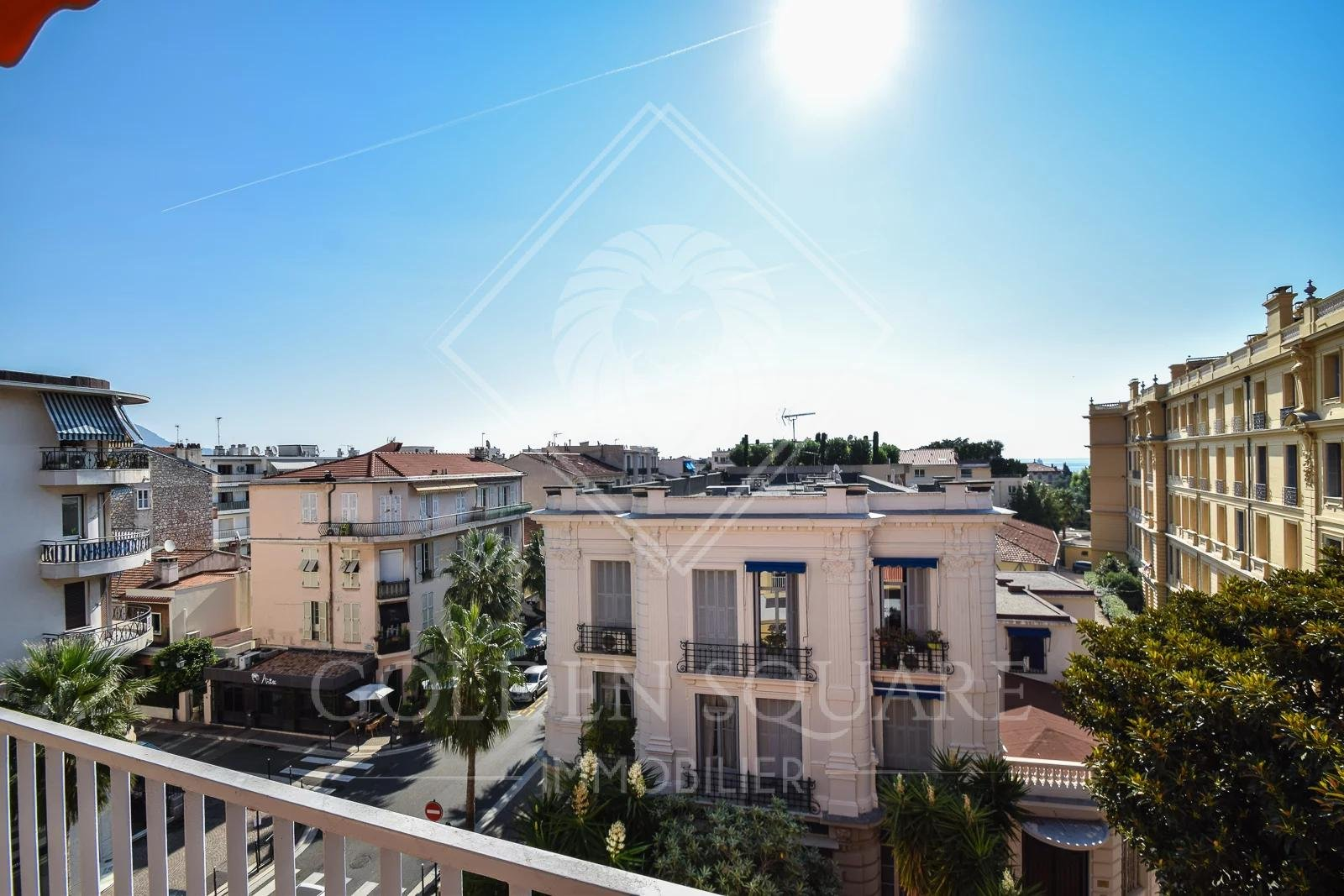 1 ROOM APARTMENT VERY WELL LOCATED IN BEAULIEU SUR MER