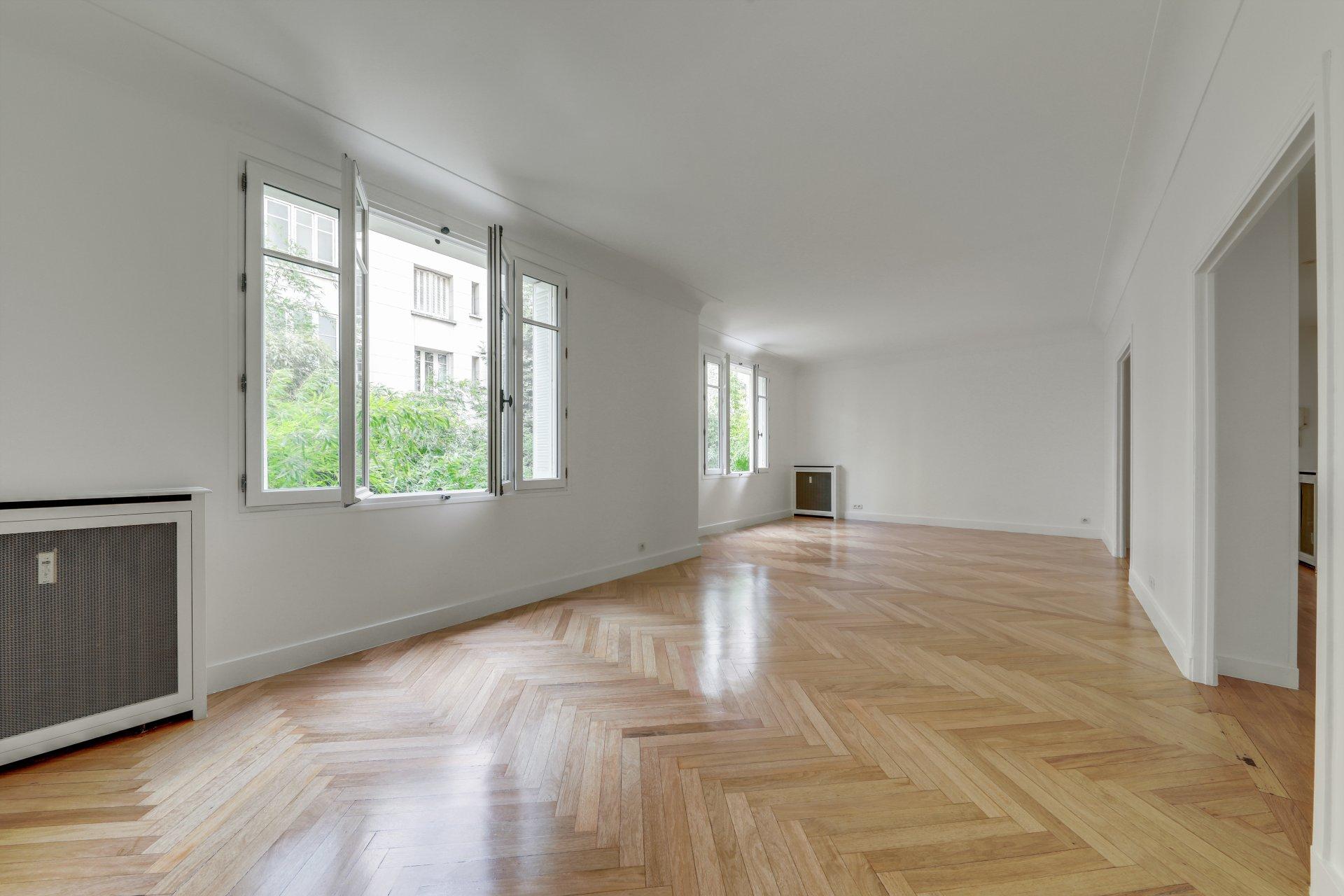 Rental Apartment Paris 8th Faubourg-du-Roule