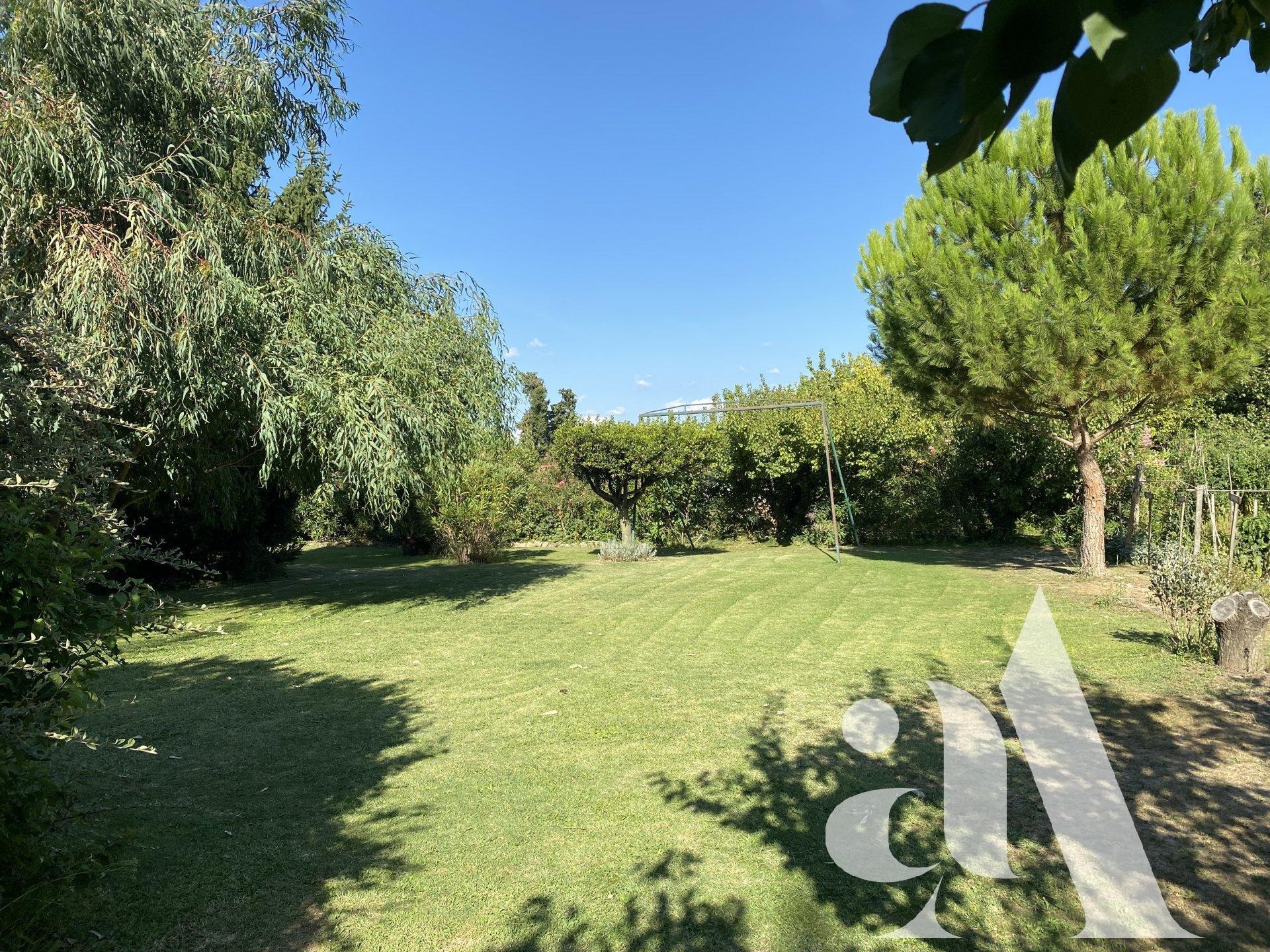 VILLA CASSIOPEE - CHATEAURENARD - PROVENCE - 5 chambres - 12 personnes
