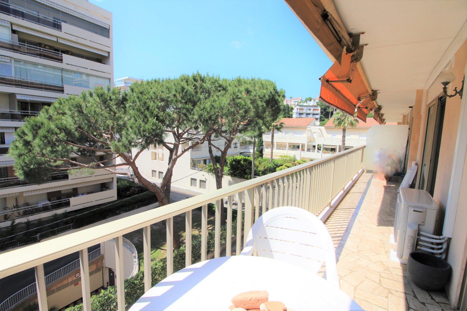 Cannes, Basse-Californie, 3P d'angle, terrasse.