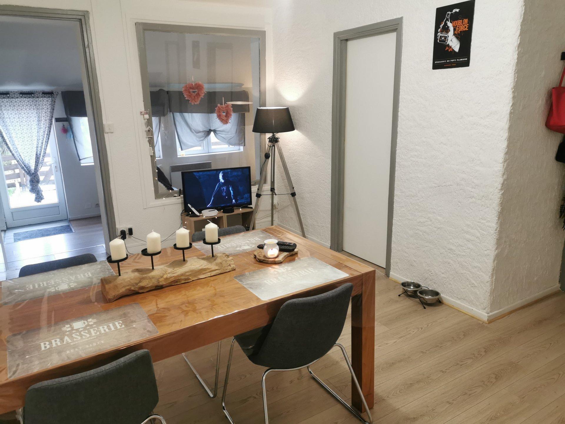 Ensemble immobilier composé de 7 appartements