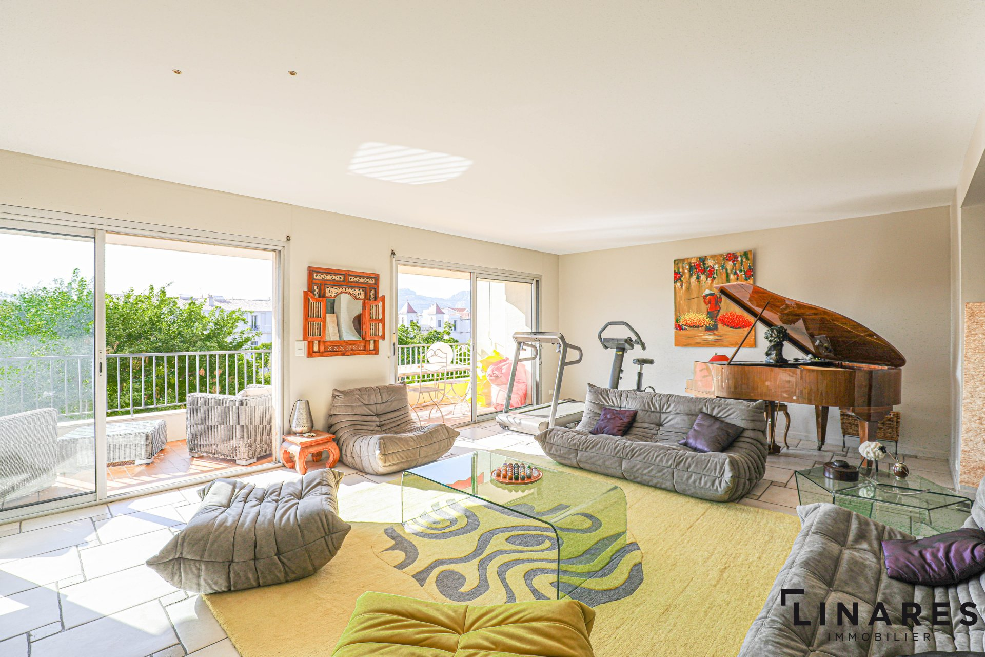 L'ÉCLAIR - Appartement T3 145 m2 + Terrasse 25 m2 - 13008