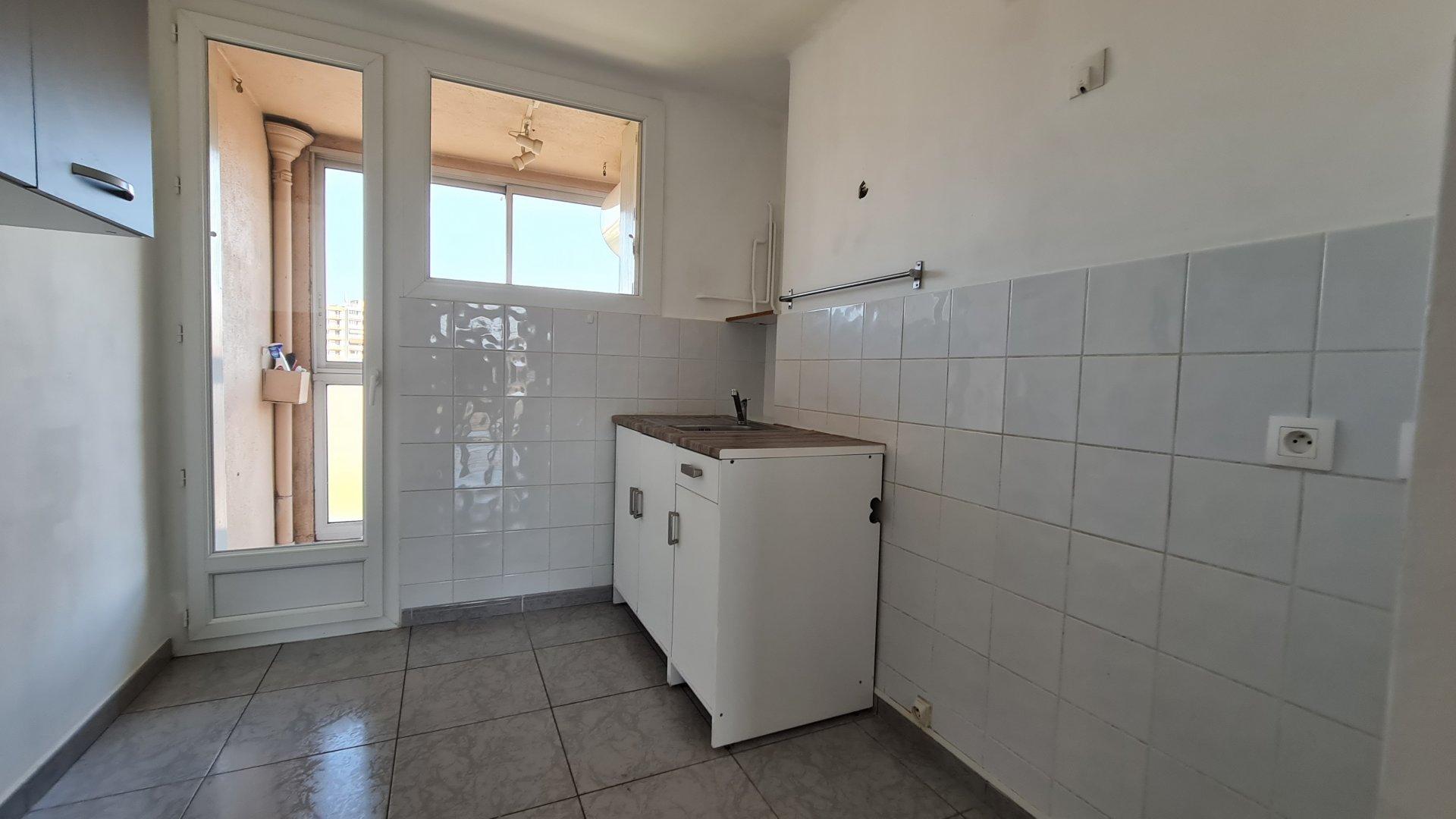 Sale Apartment - Marseille 4ème Chutes-Lavie