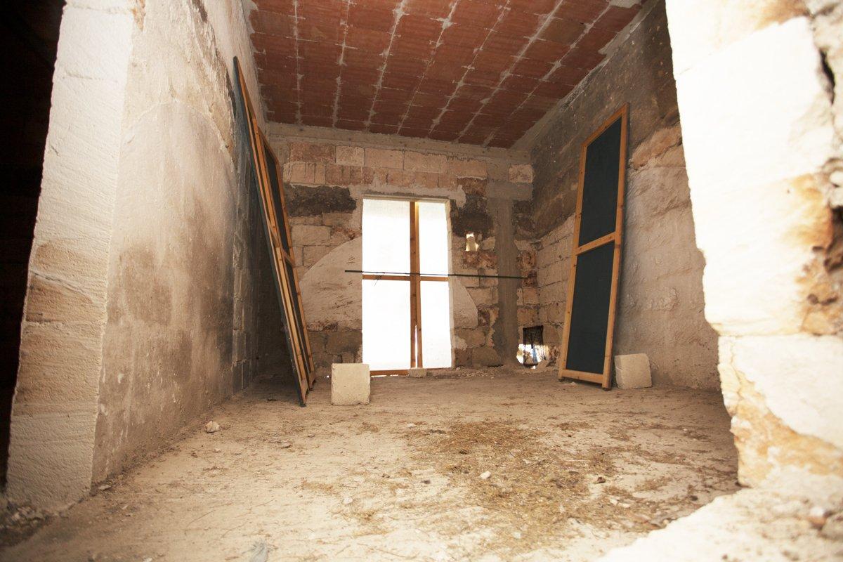 Sale Premises - Oria - Italy