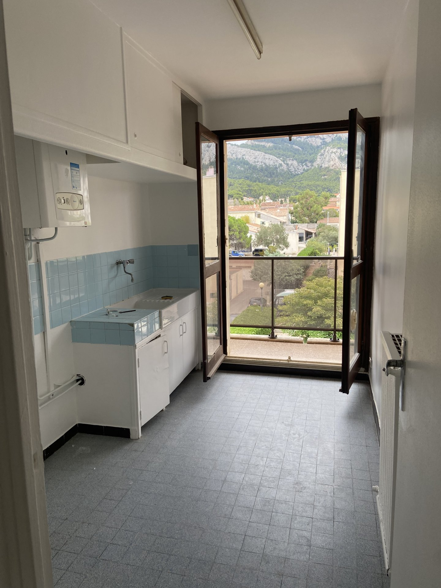 Appartement T1 Grotte Roland Marseille 13008