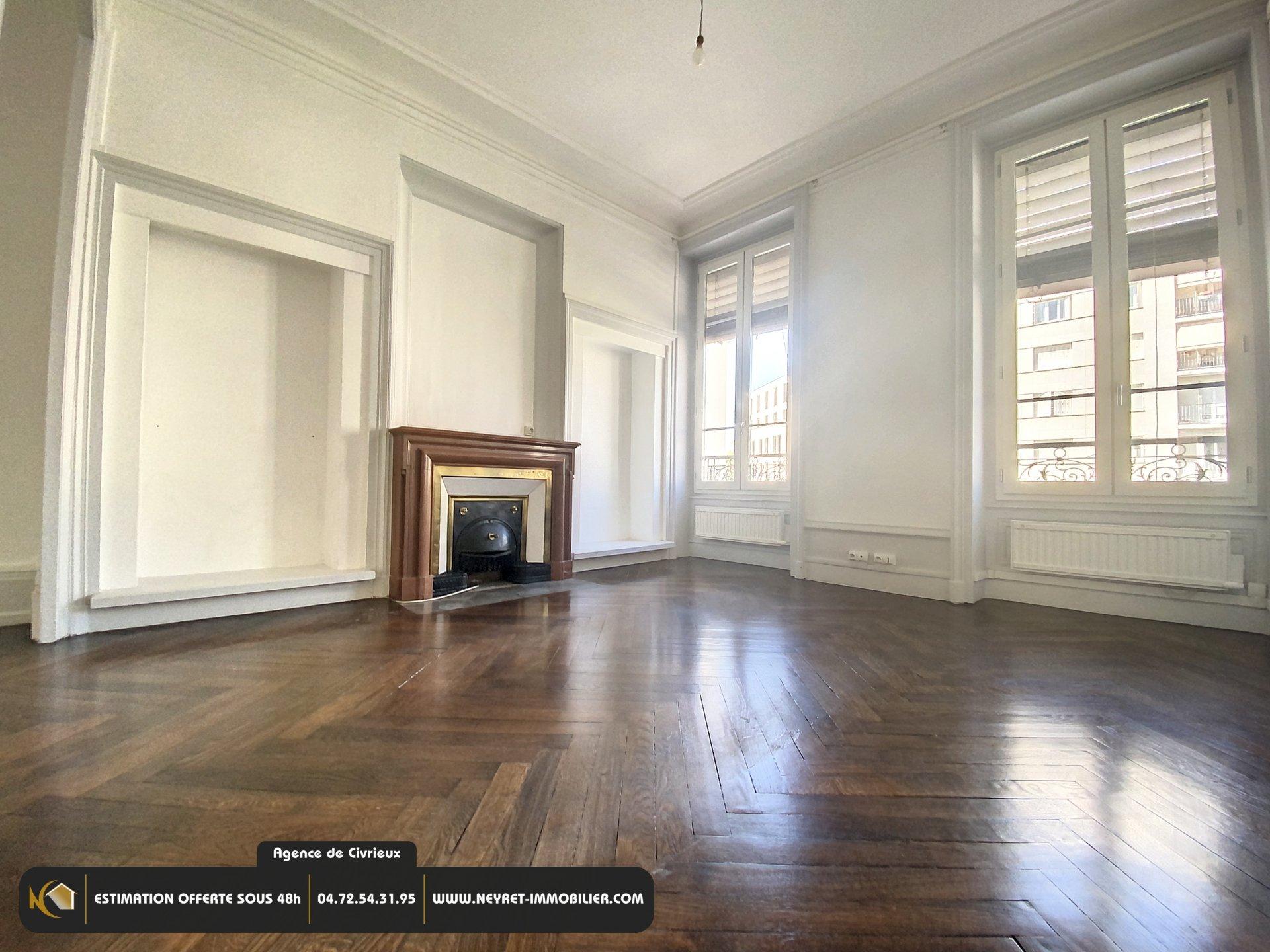 Appartement T3 - Croix Rousse - Métro Hénon