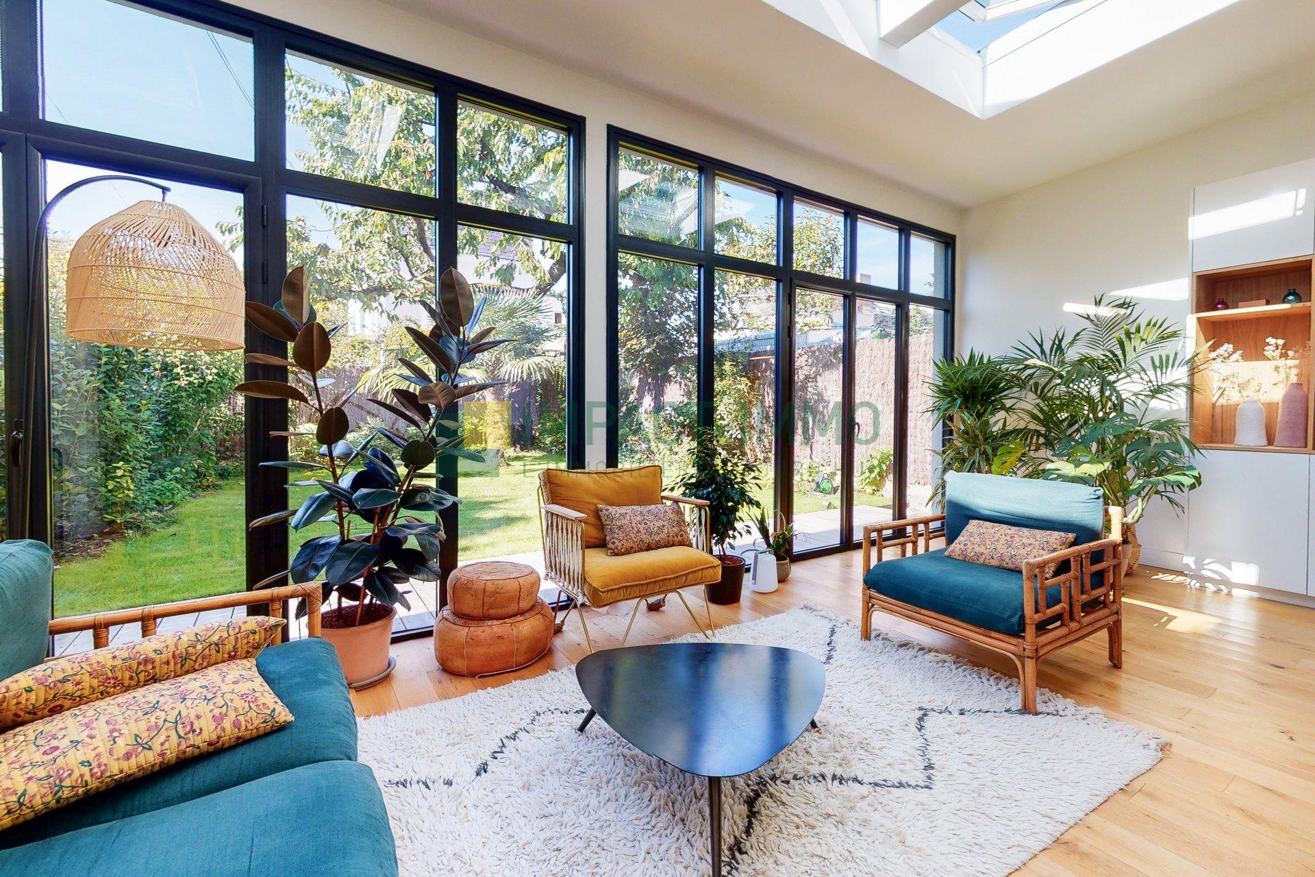 Maison de prestige avec jardin