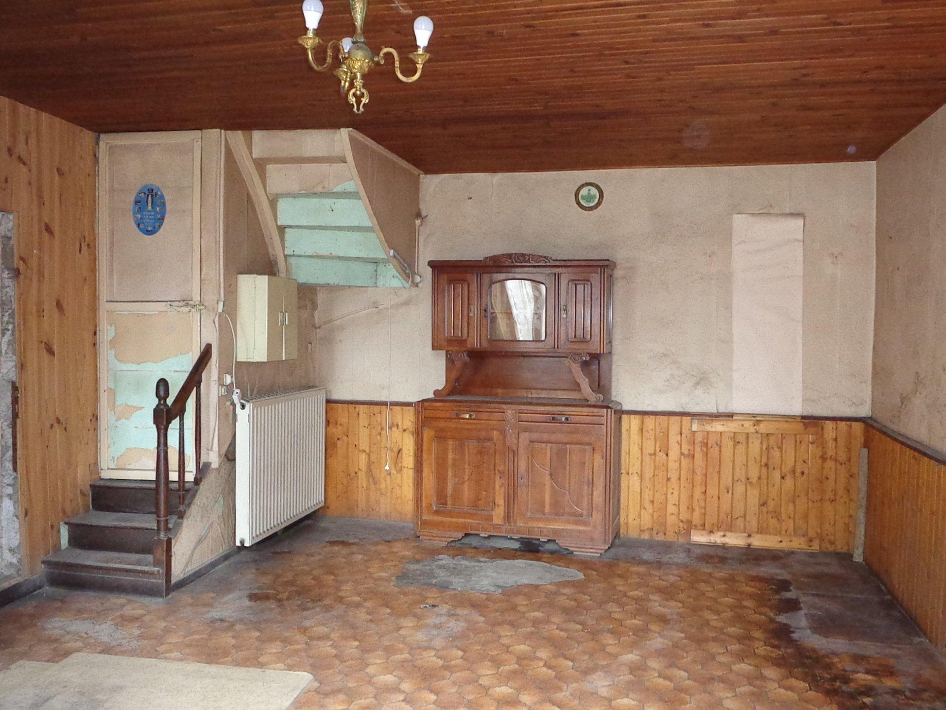 Sale House - Voultegon