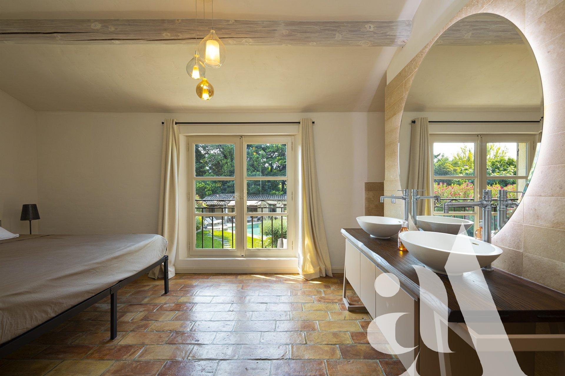 MAS DOUCE VIE -SAINT-REMY DE PROVENCE - ALPILLES - 5 bedrooms - 10 peoples