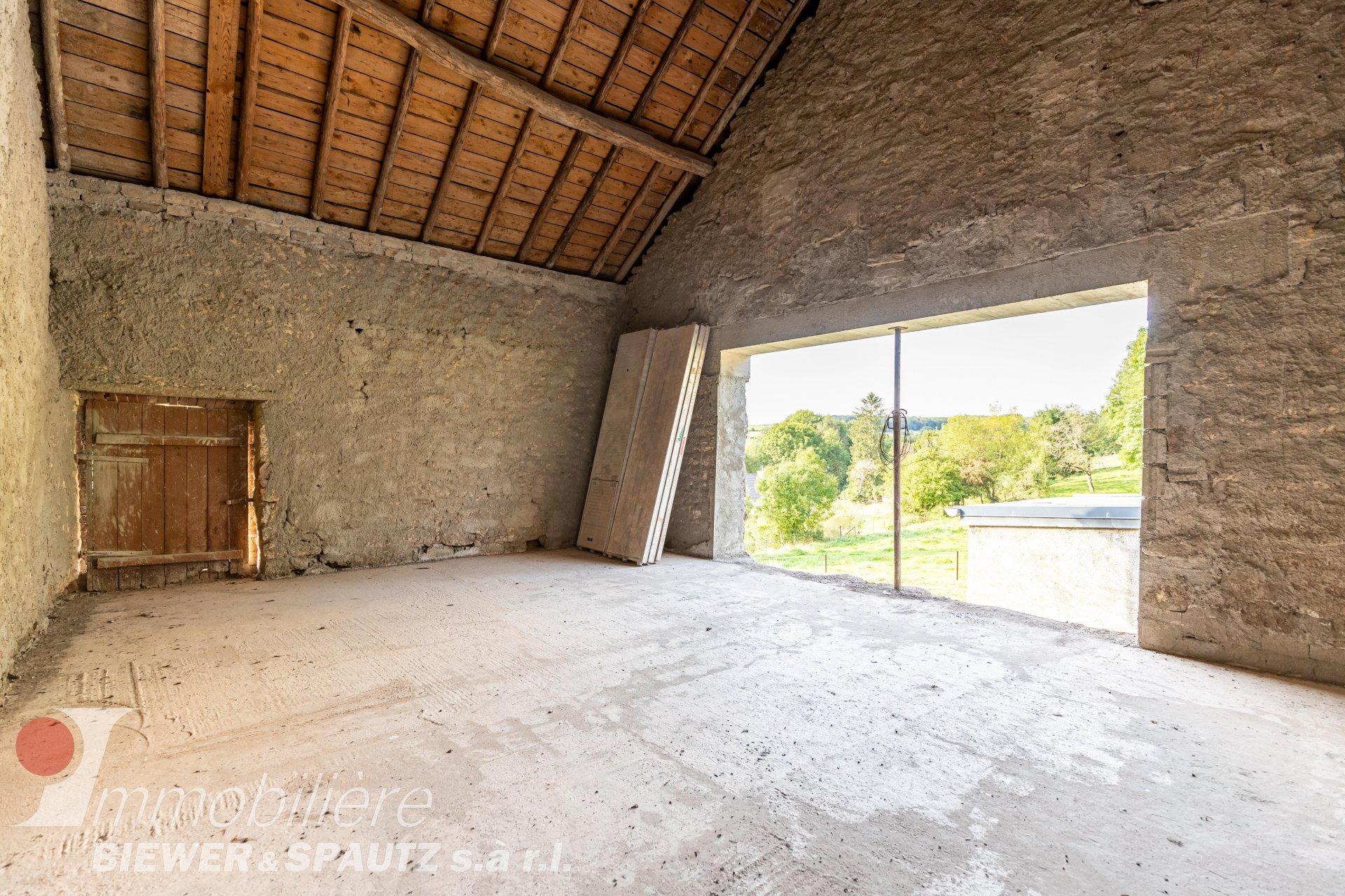 FOR SALE - Old farmhouse in Schrondweiler