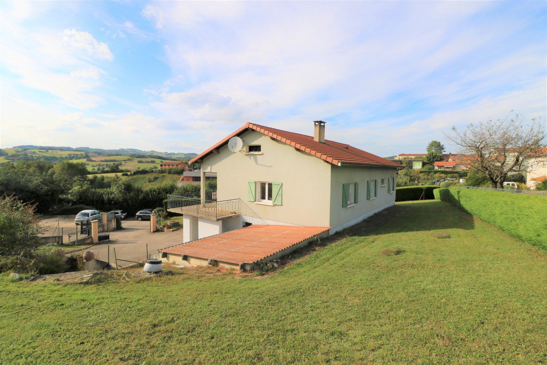 Maison 121 m2 hab. / 916 m² de terrain