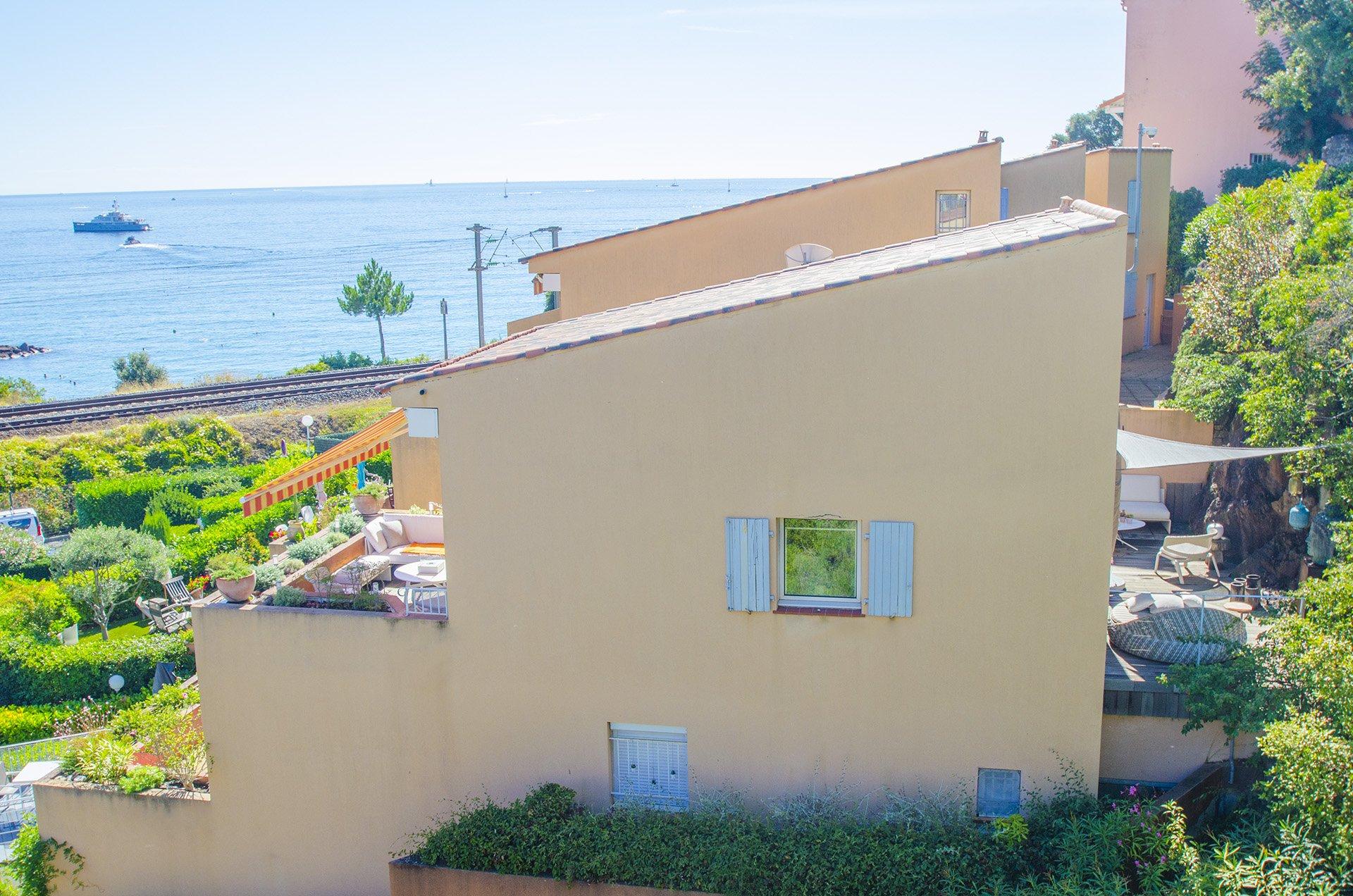 Duplex à La Napoule à 100 metres des plages