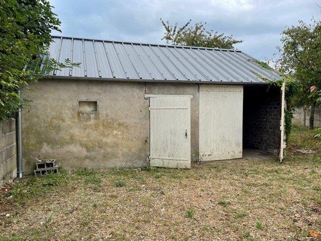 Maison de village - Hommes
