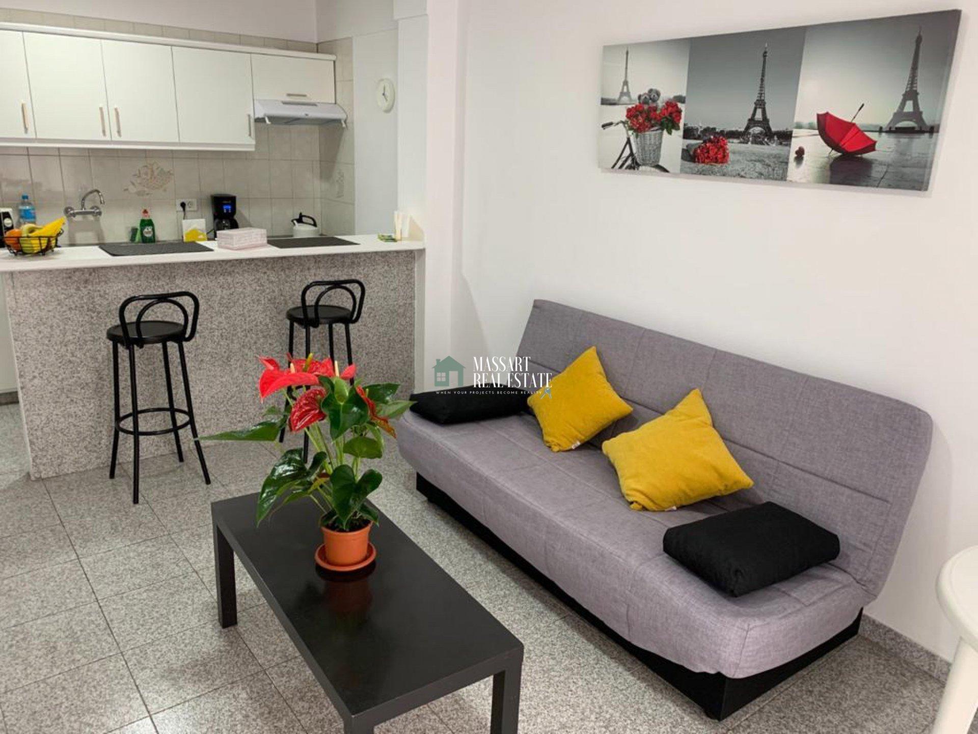Apartamento amueblado y recientemente renovado de 70 m2 ubicado en la popular zona de Puerto Santiago…¡muy próximo a la playa!