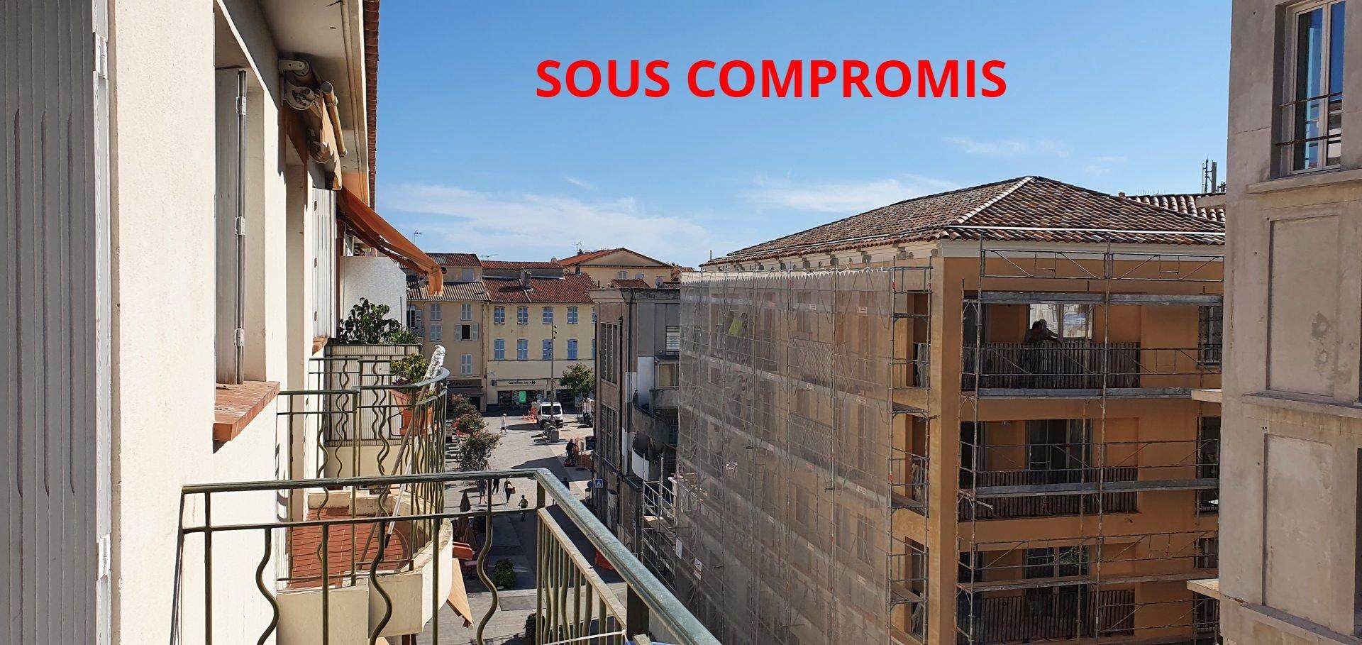 3P Vieil Antibes Balconies