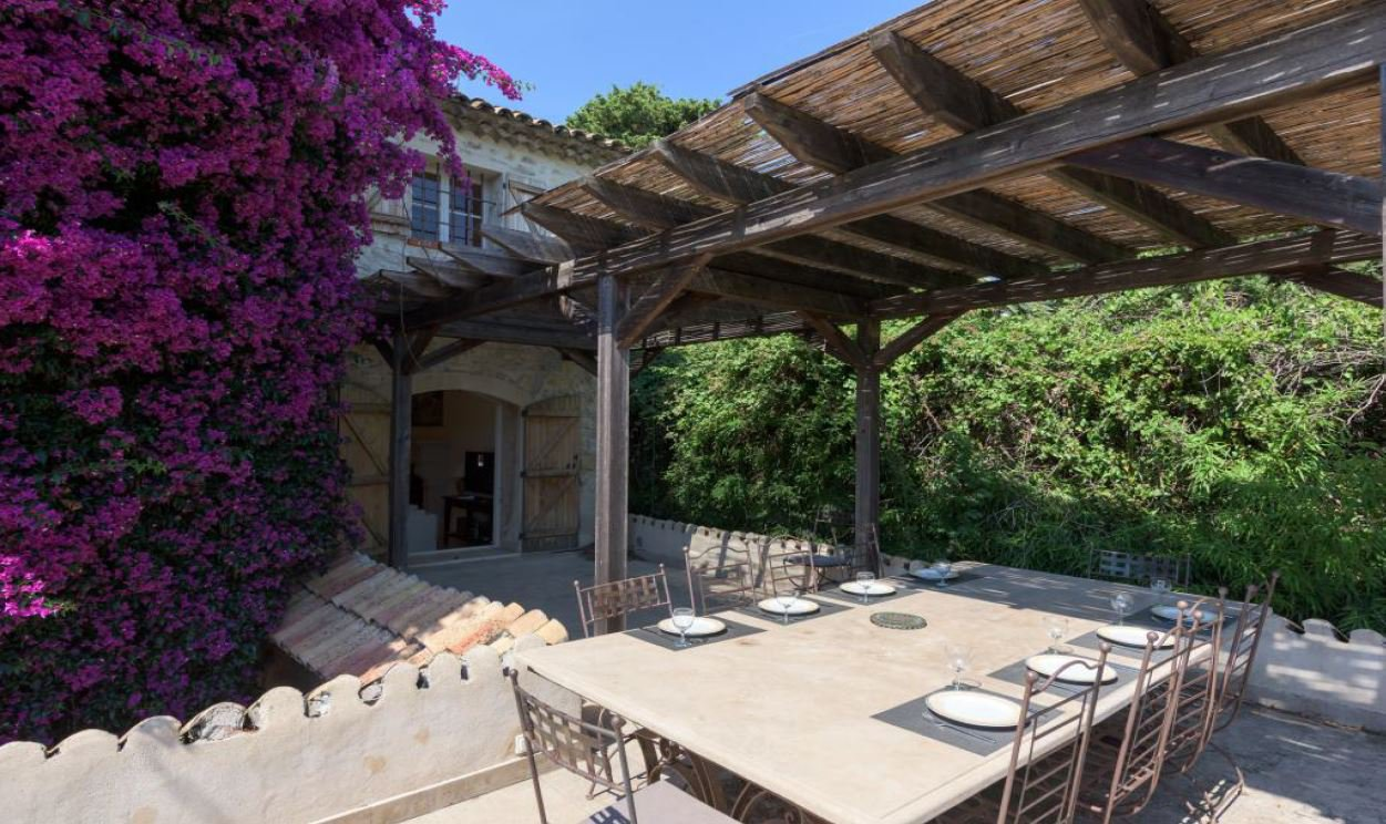 MAGNIFICENT PROVENCAL MAS
